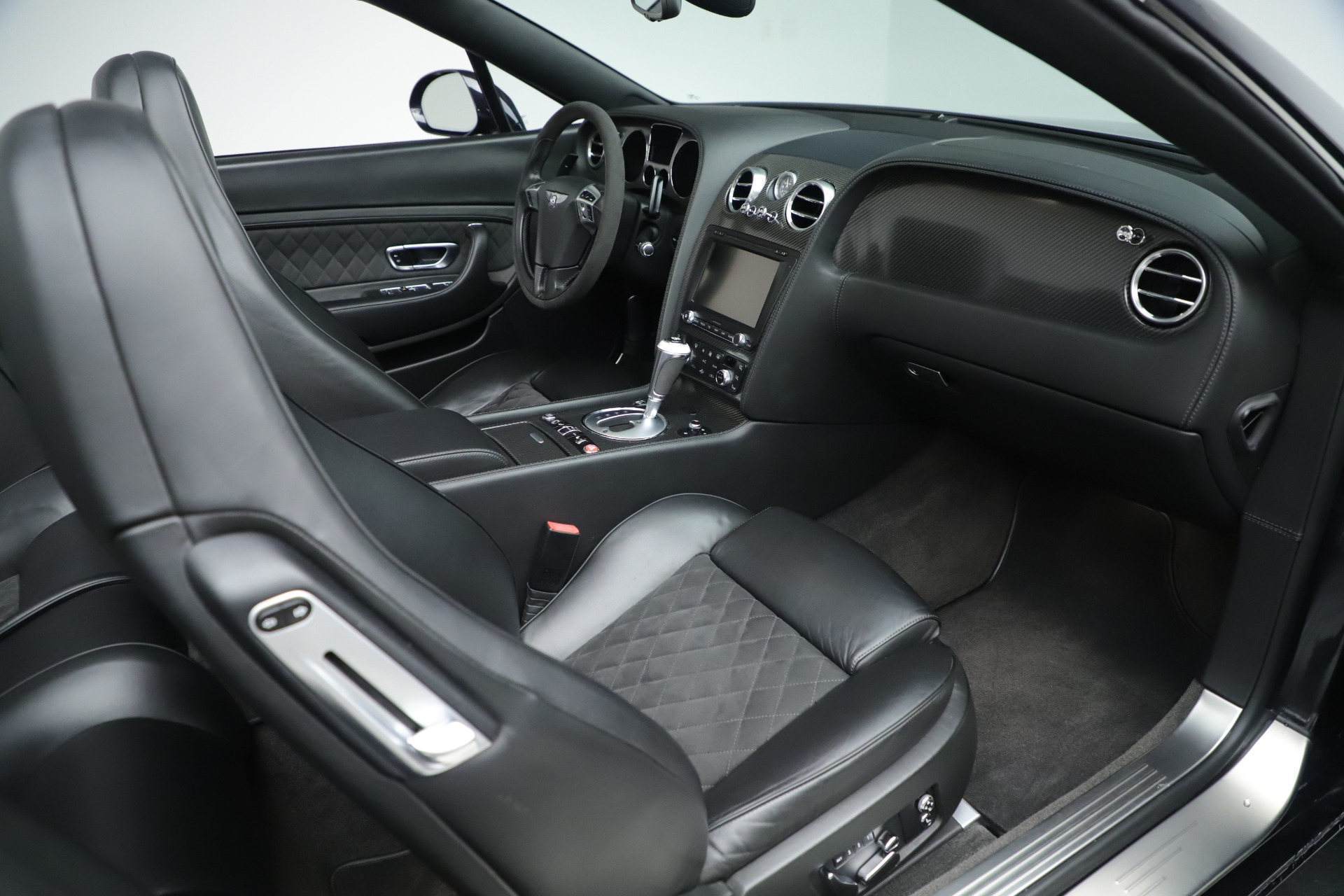 Used 2012 Bentley Continental GT Supersports For Sale In Greenwich, CT. Alfa Romeo of Greenwich, R511A 3214_p28
