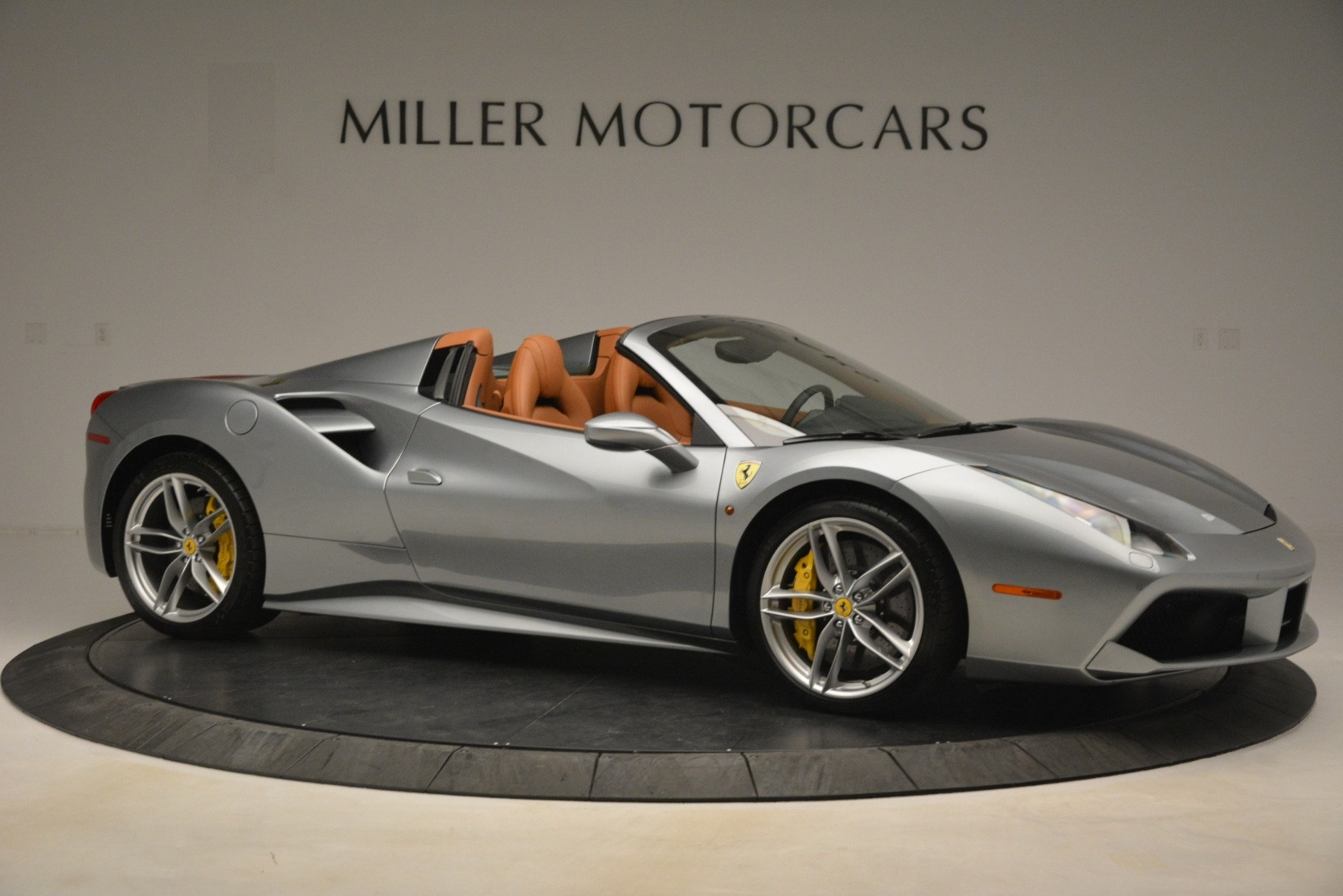 Used 2019 Ferrari 488 Spider  For Sale In Greenwich, CT. Alfa Romeo of Greenwich, 4571 3216_p10