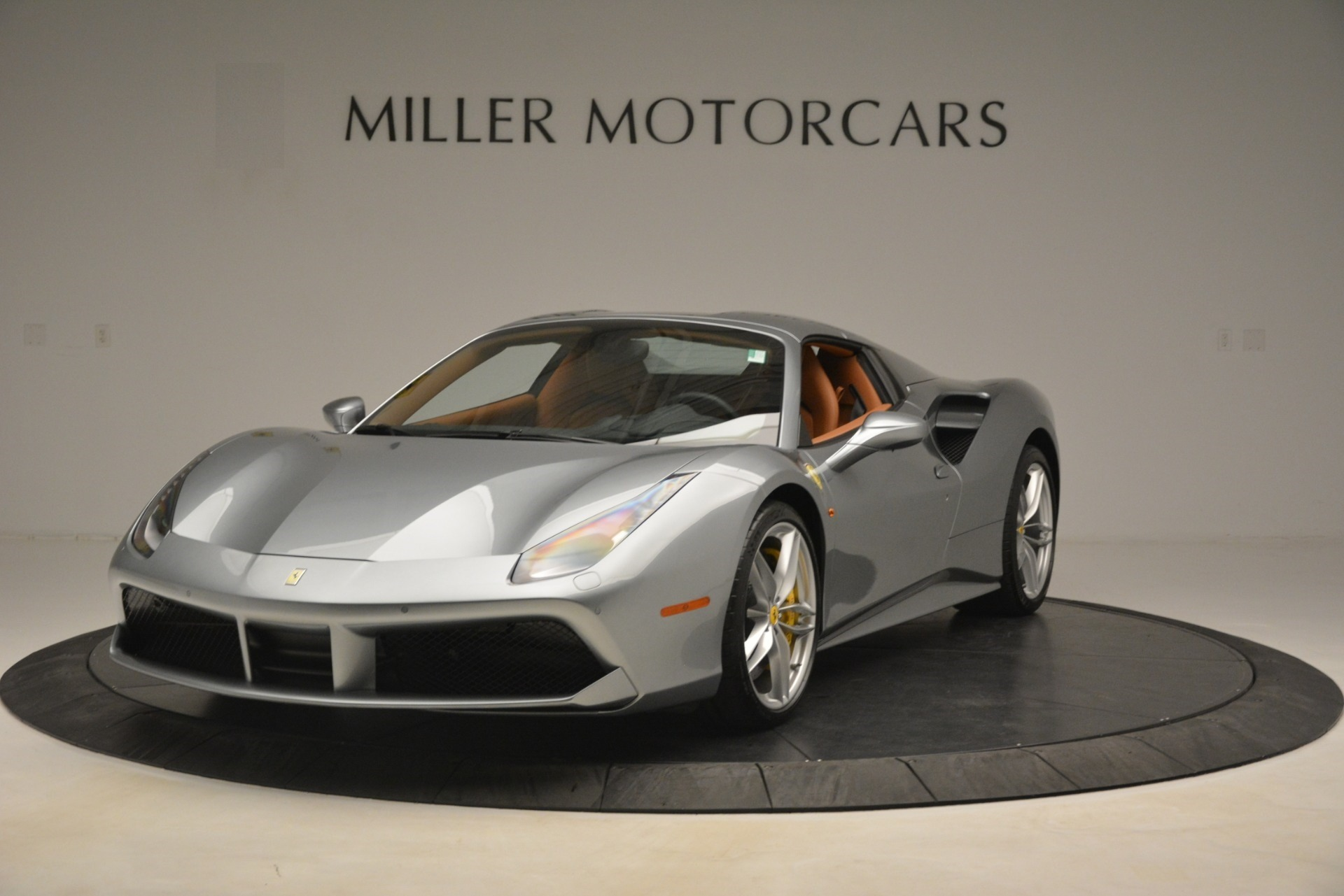 Used 2019 Ferrari 488 Spider  For Sale In Greenwich, CT. Alfa Romeo of Greenwich, 4571 3216_p13