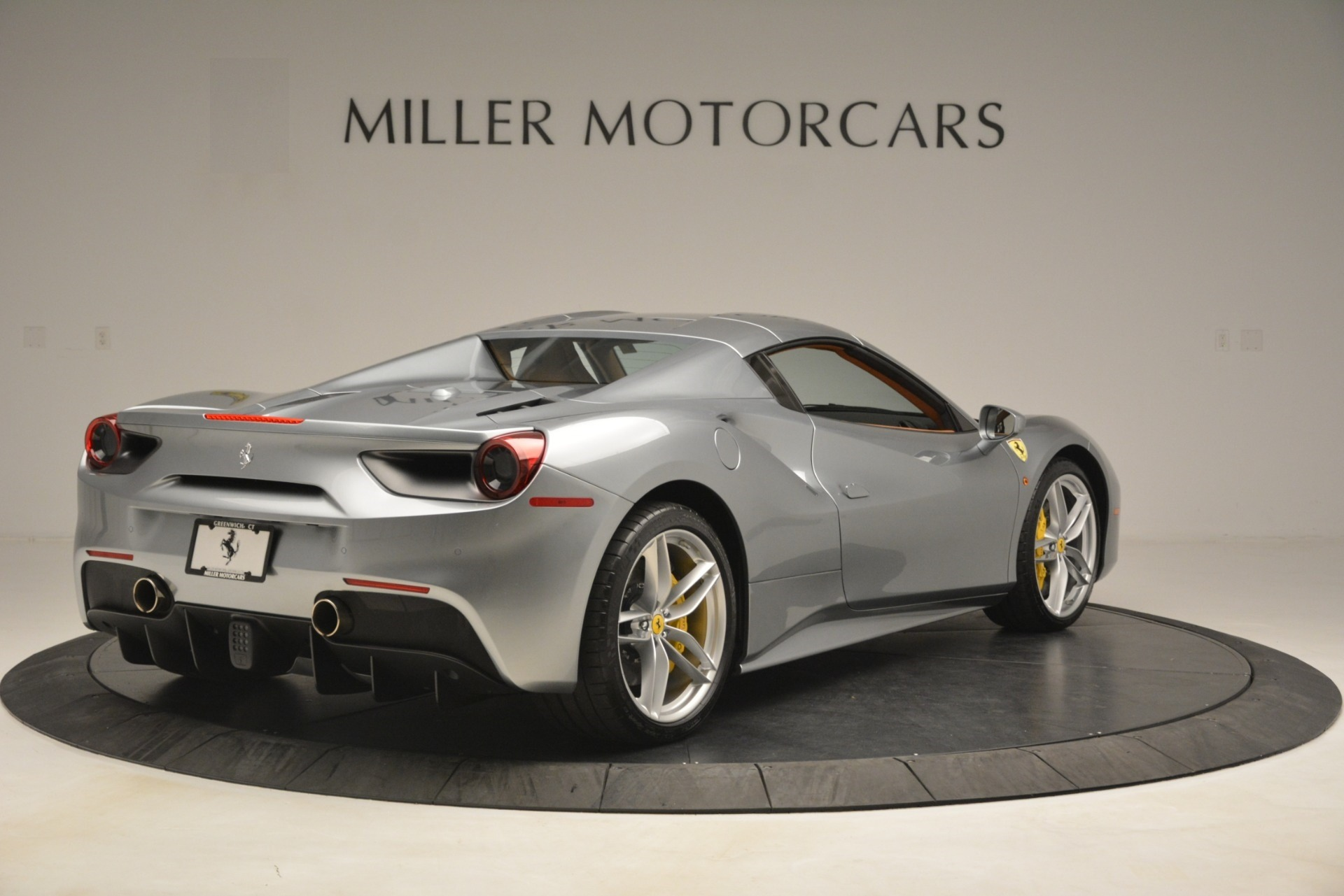 Used 2019 Ferrari 488 Spider  For Sale In Greenwich, CT. Alfa Romeo of Greenwich, 4571 3216_p16