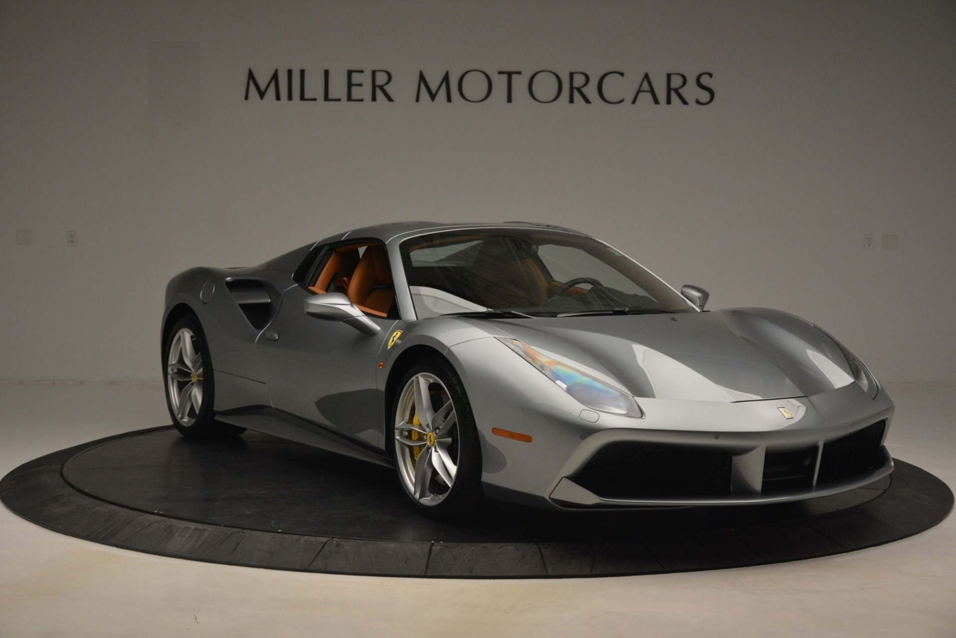 Used 2019 Ferrari 488 Spider  For Sale In Greenwich, CT. Alfa Romeo of Greenwich, 4571 3216_p18