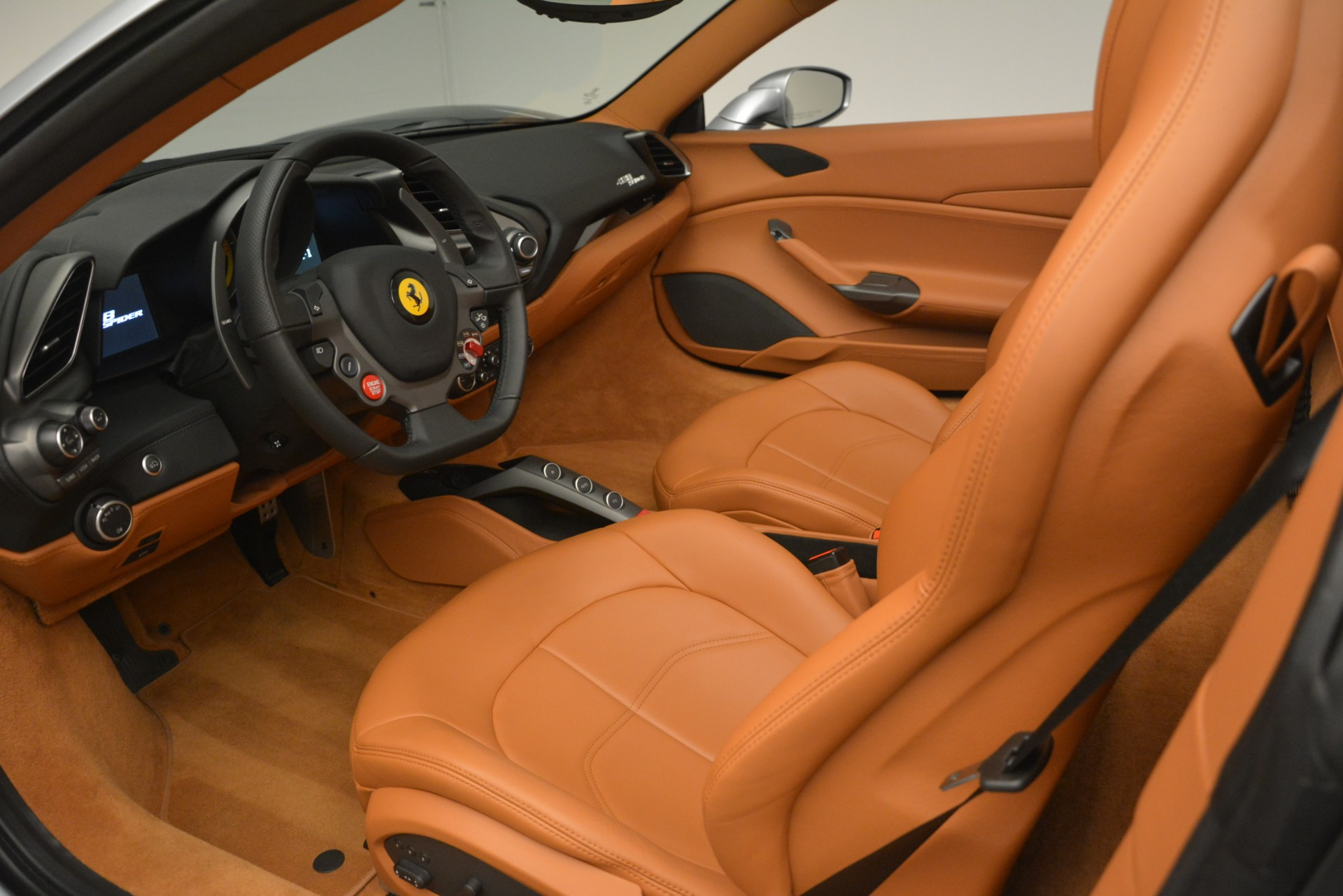 Used 2019 Ferrari 488 Spider  For Sale In Greenwich, CT. Alfa Romeo of Greenwich, 4571 3216_p19