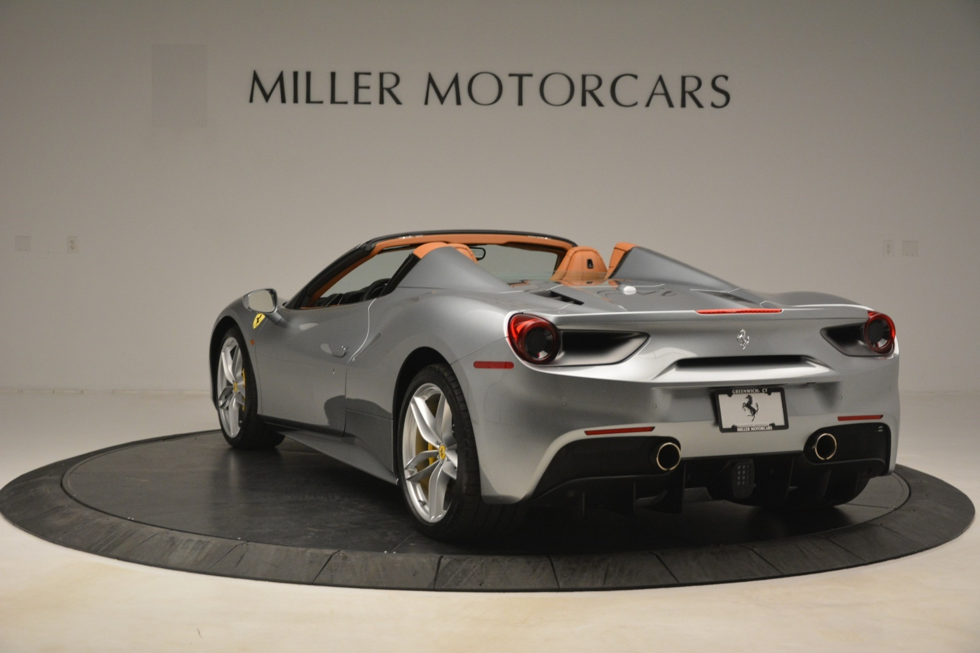 Used 2019 Ferrari 488 Spider  For Sale In Greenwich, CT. Alfa Romeo of Greenwich, 4571 3216_p5
