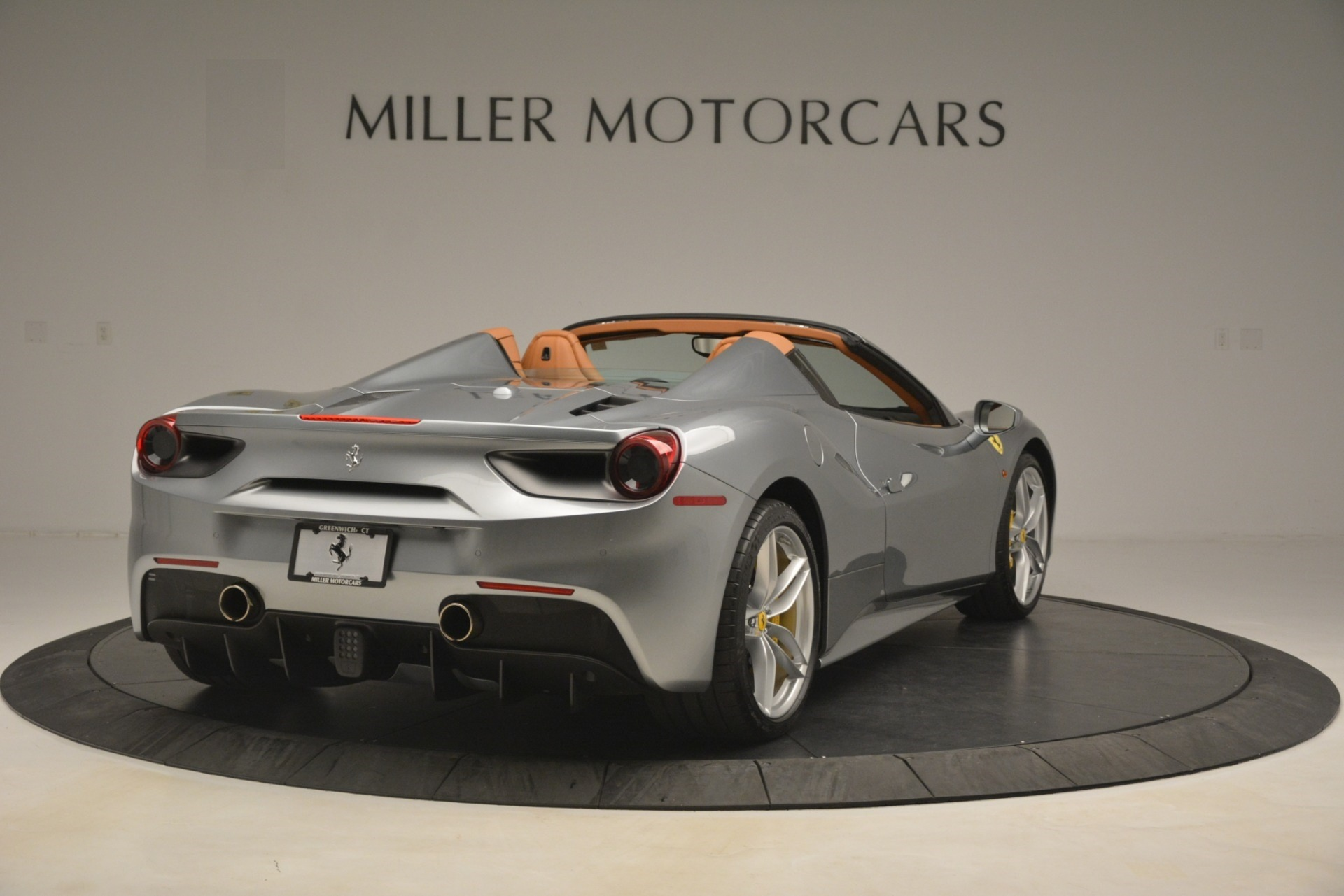 Used 2019 Ferrari 488 Spider  For Sale In Greenwich, CT. Alfa Romeo of Greenwich, 4571 3216_p7