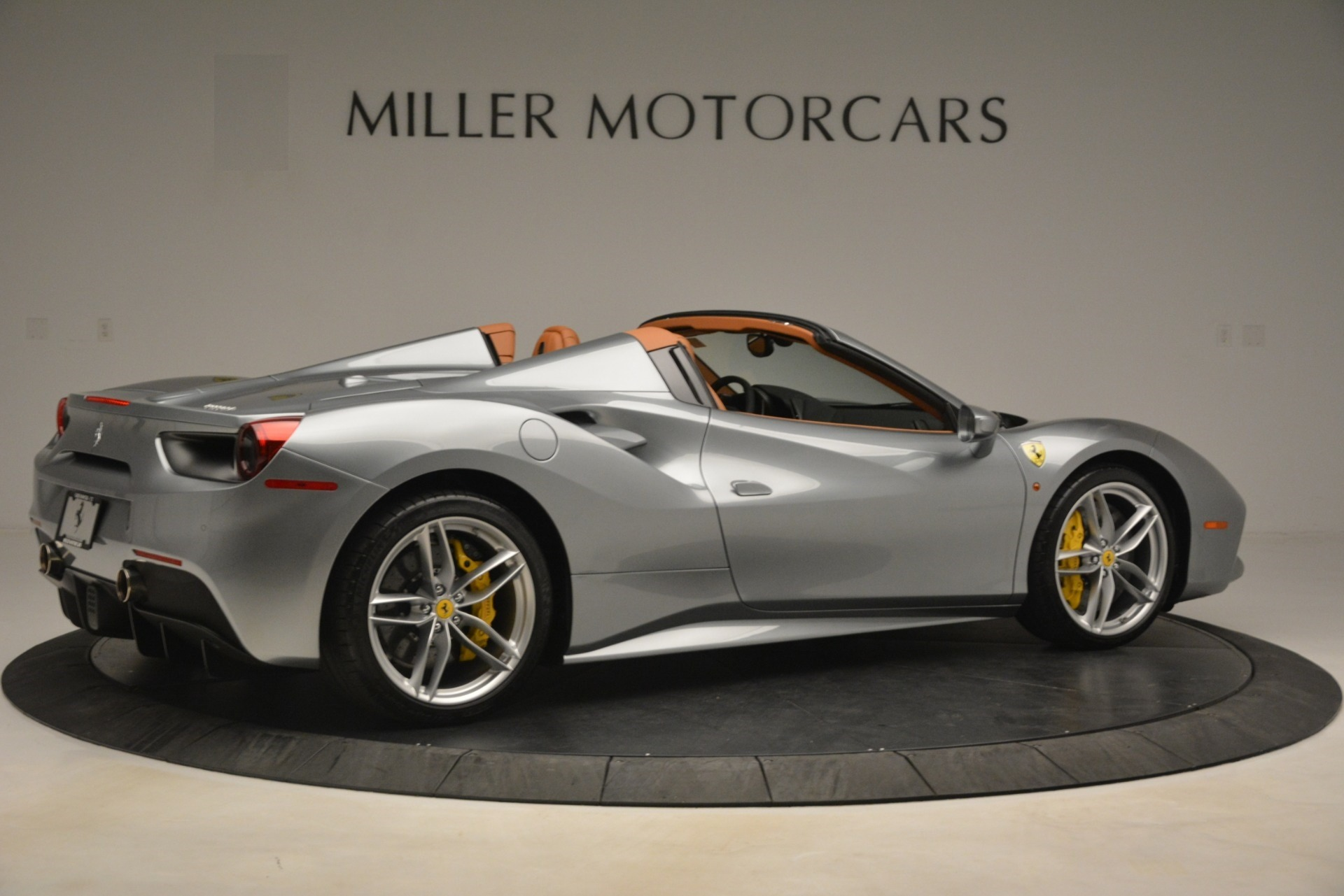 Used 2019 Ferrari 488 Spider  For Sale In Greenwich, CT. Alfa Romeo of Greenwich, 4571 3216_p8