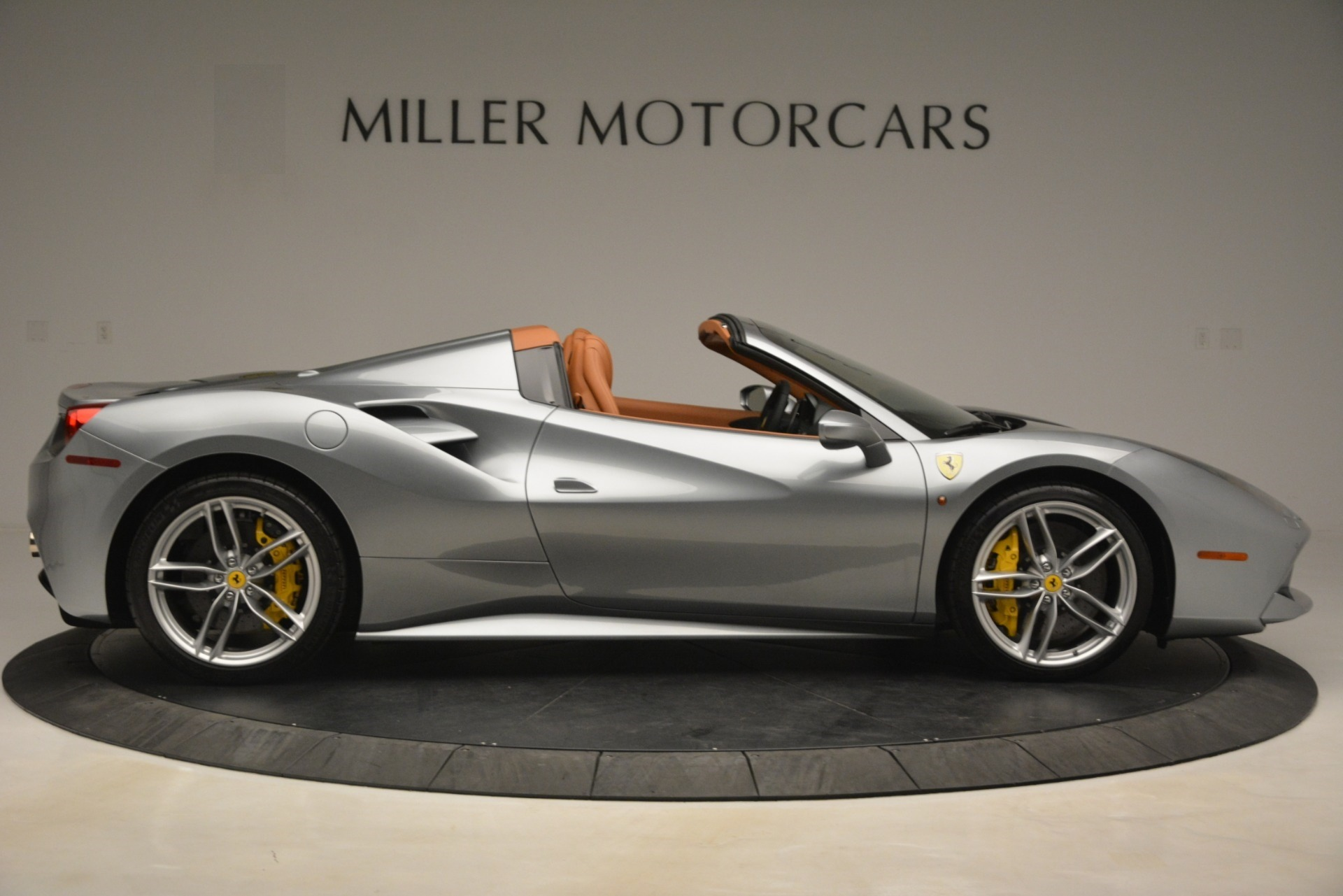 Used 2019 Ferrari 488 Spider  For Sale In Greenwich, CT. Alfa Romeo of Greenwich, 4571 3216_p9