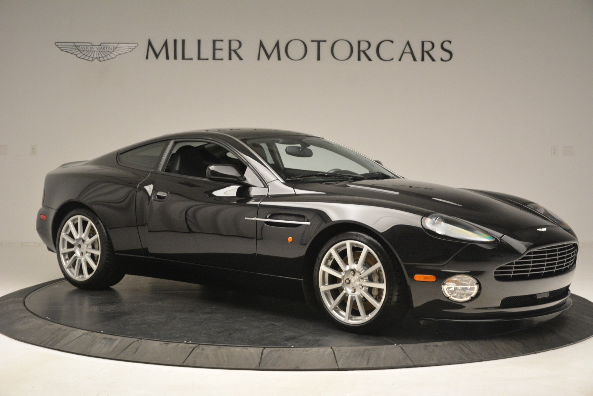 Used 2005 Aston Martin V12 Vanquish S Coupe For Sale In Greenwich, CT. Alfa Romeo of Greenwich, 7451A 3218_p10