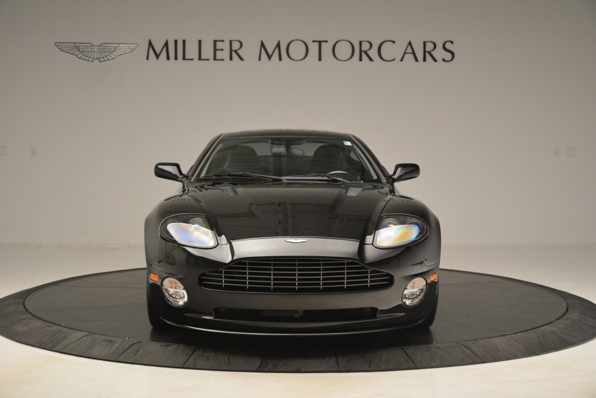 Used 2005 Aston Martin V12 Vanquish S Coupe For Sale In Greenwich, CT. Alfa Romeo of Greenwich, 7451A 3218_p12