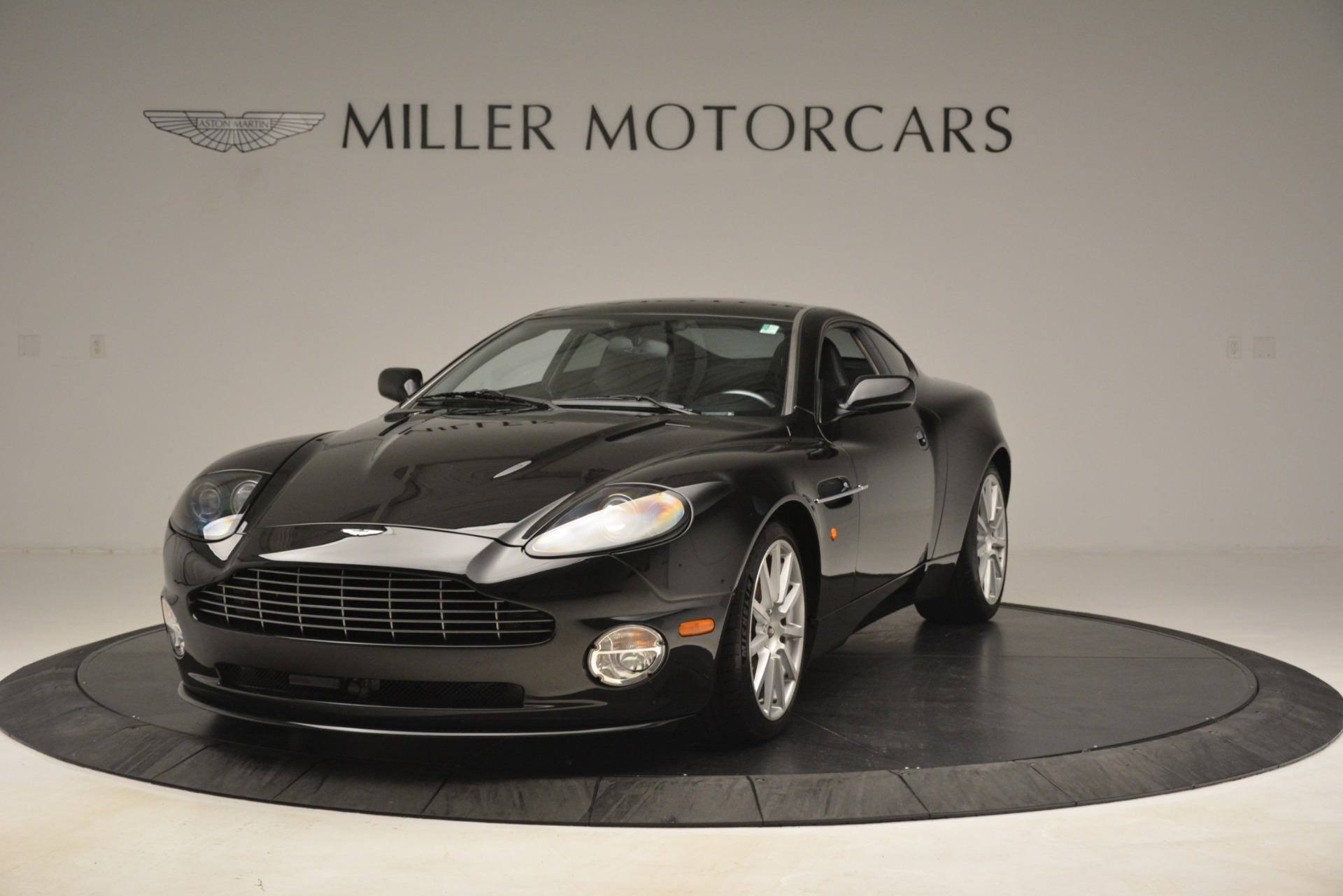 Used 2005 Aston Martin V12 Vanquish S Coupe For Sale In Greenwich, CT. Alfa Romeo of Greenwich, 7451A 3218_p2