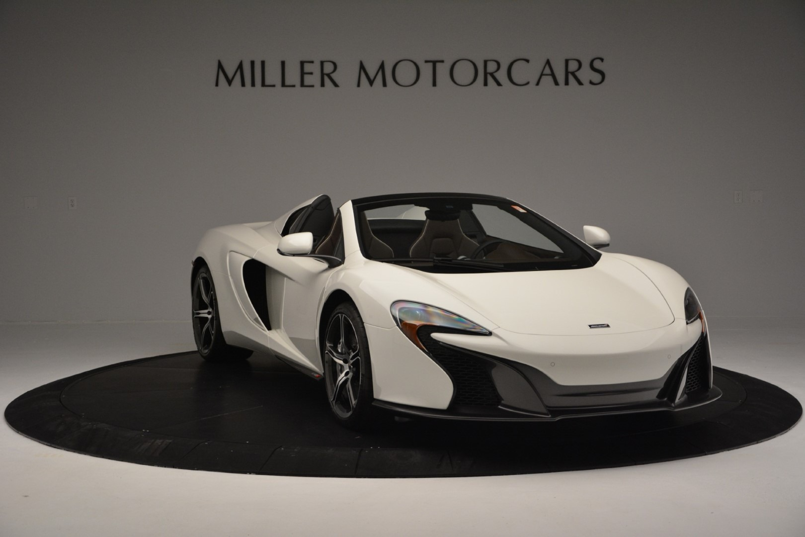 Used 2015 McLaren 650S Spider Convertible For Sale In Greenwich, CT. Alfa Romeo of Greenwich, 3169 3219_p10