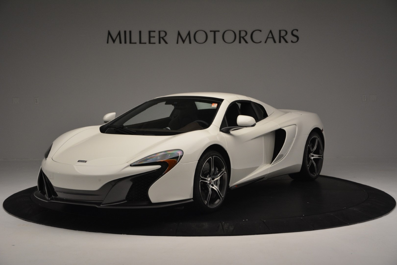Used 2015 McLaren 650S Spider Convertible For Sale In Greenwich, CT. Alfa Romeo of Greenwich, 3169 3219_p11