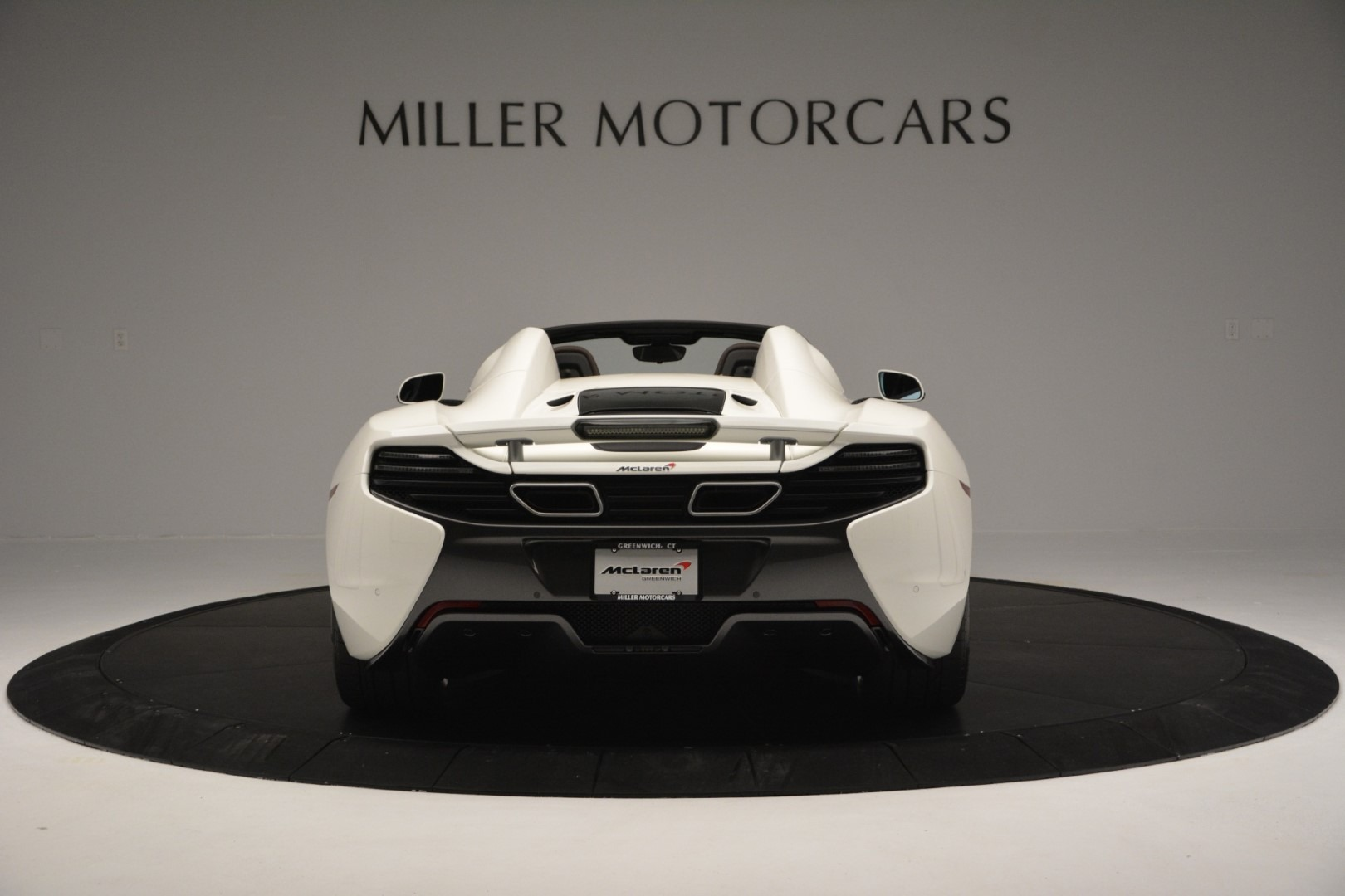 Used 2015 McLaren 650S Spider Convertible For Sale In Greenwich, CT. Alfa Romeo of Greenwich, 3169 3219_p5
