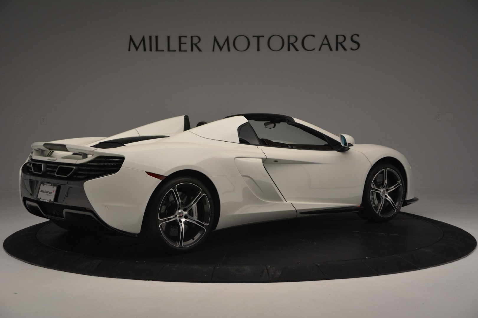 Used 2015 McLaren 650S Spider Convertible For Sale In Greenwich, CT. Alfa Romeo of Greenwich, 3169 3219_p7