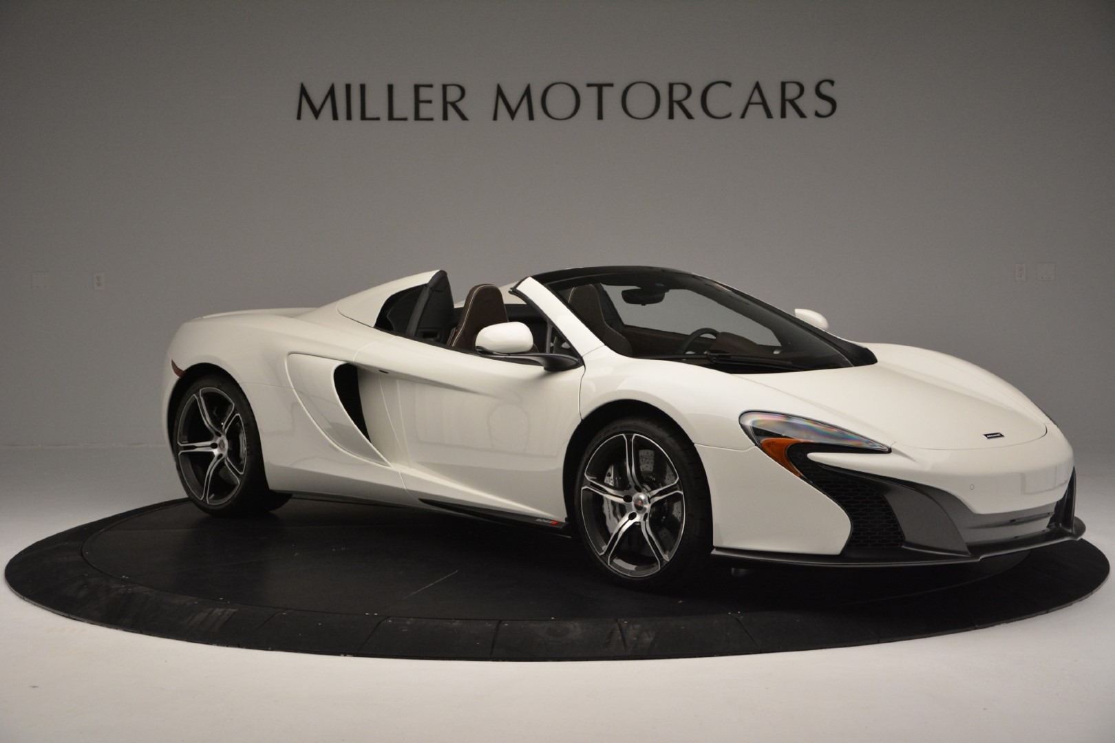 Used 2015 McLaren 650S Spider Convertible For Sale In Greenwich, CT. Alfa Romeo of Greenwich, 3169 3219_p9