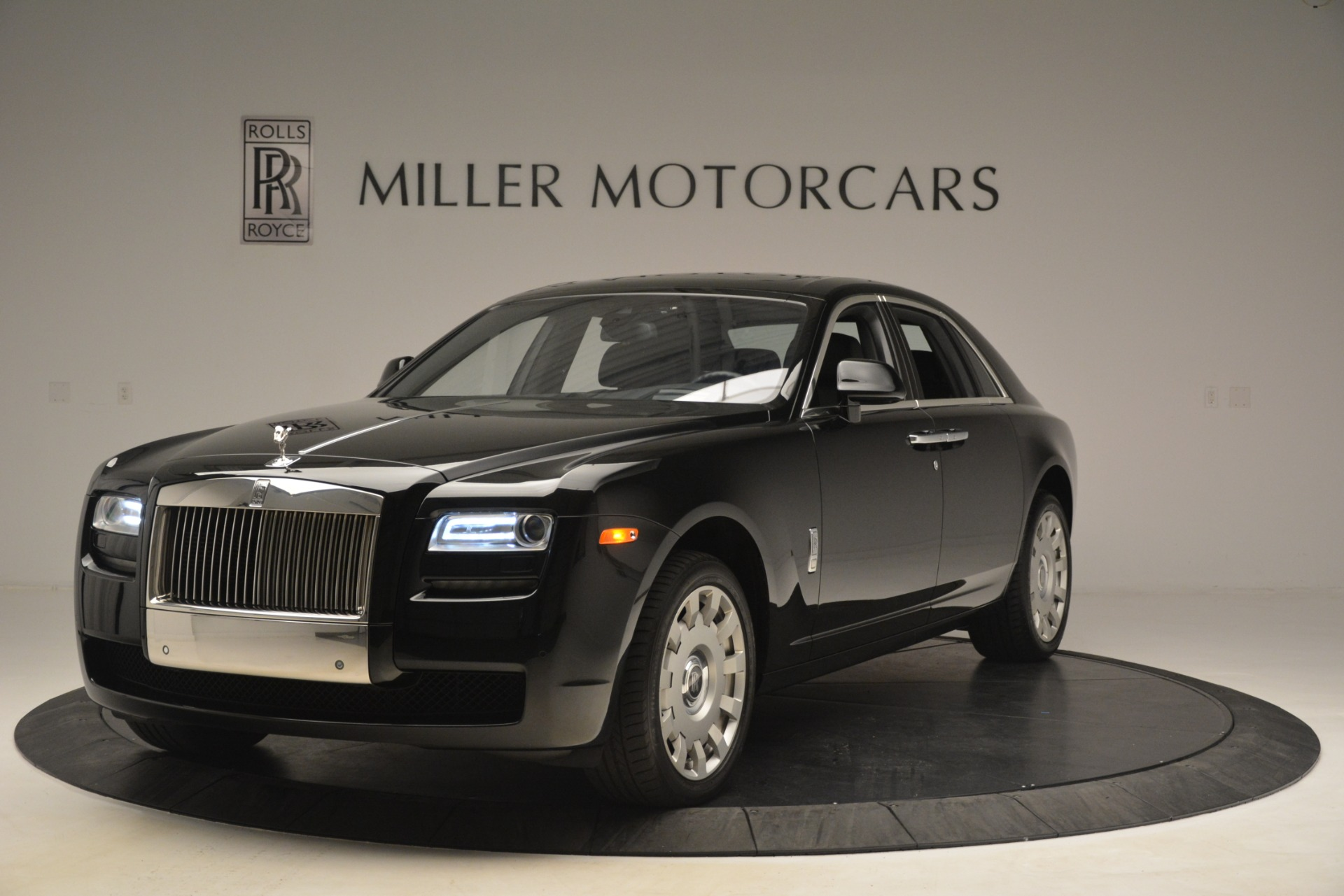 Used 2014 Rolls-Royce Ghost  For Sale In Greenwich, CT. Alfa Romeo of Greenwich, 7572 3220_main