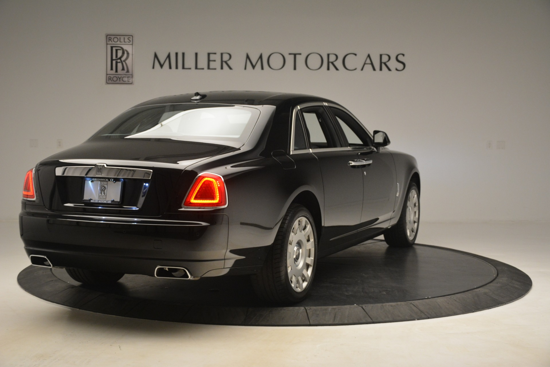 Used 2014 Rolls-Royce Ghost  For Sale In Greenwich, CT. Alfa Romeo of Greenwich, 7572 3220_p10