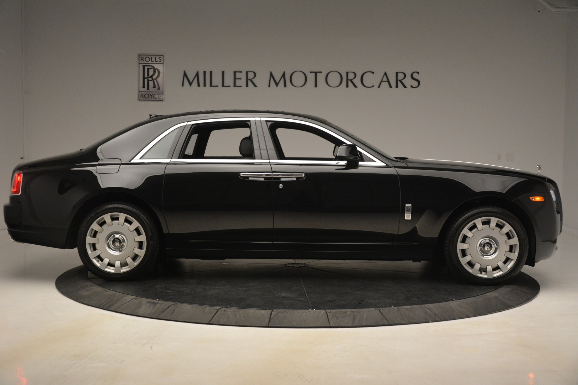 Used 2014 Rolls-Royce Ghost  For Sale In Greenwich, CT. Alfa Romeo of Greenwich, 7572 3220_p11