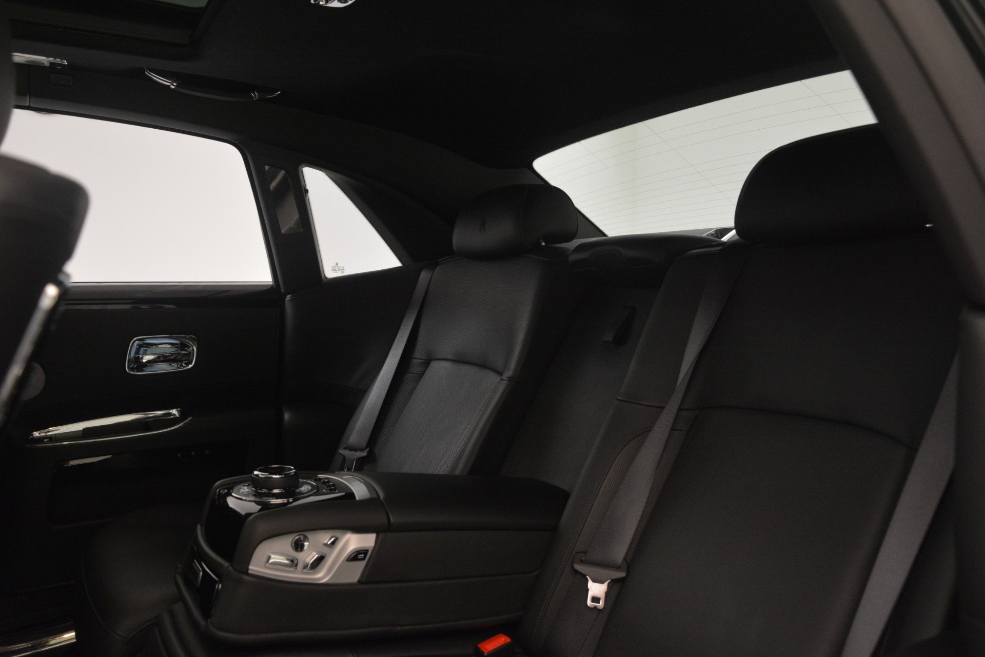 Used 2014 Rolls-Royce Ghost  For Sale In Greenwich, CT. Alfa Romeo of Greenwich, 7572 3220_p18