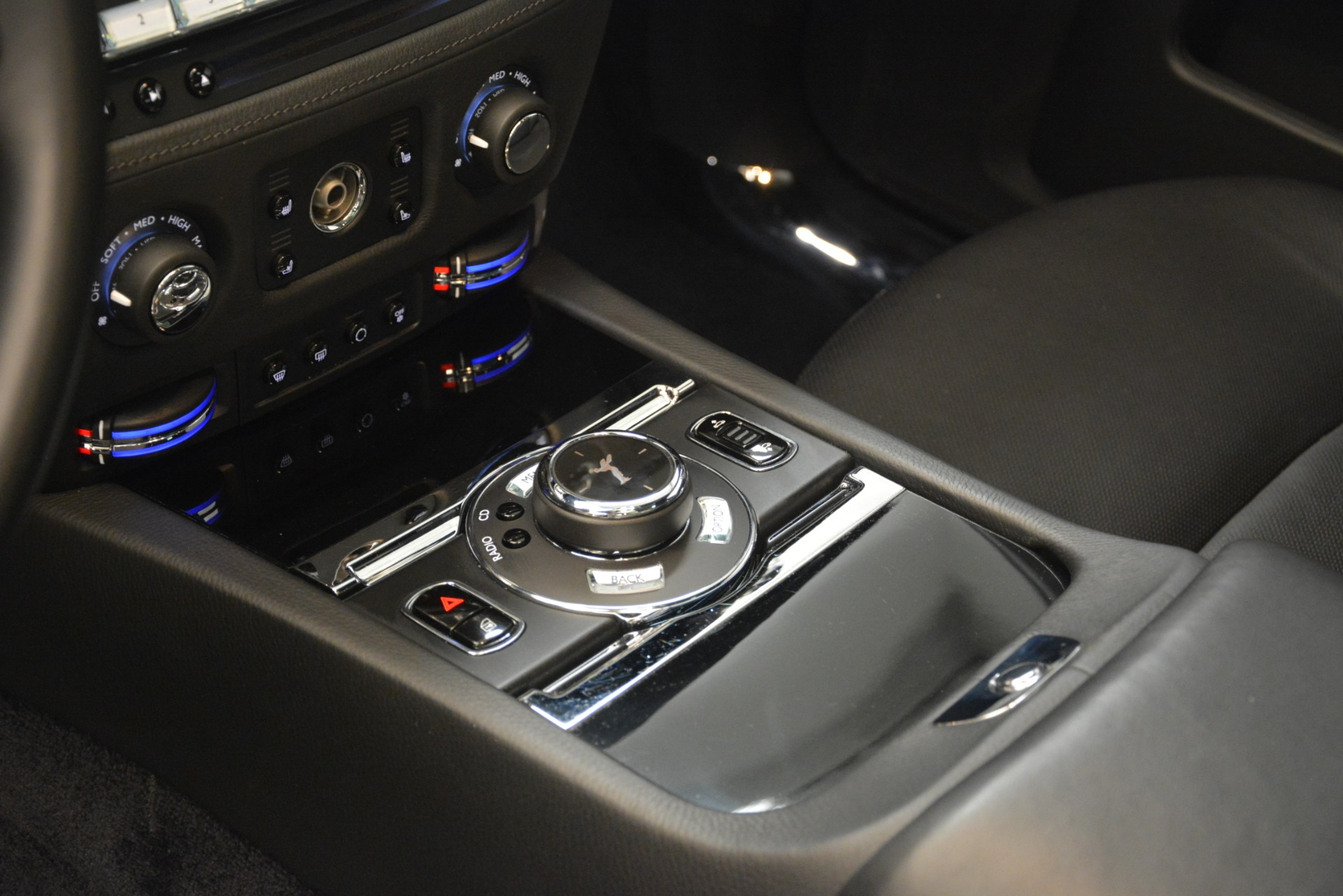 Used 2014 Rolls-Royce Ghost  For Sale In Greenwich, CT. Alfa Romeo of Greenwich, 7572 3220_p23