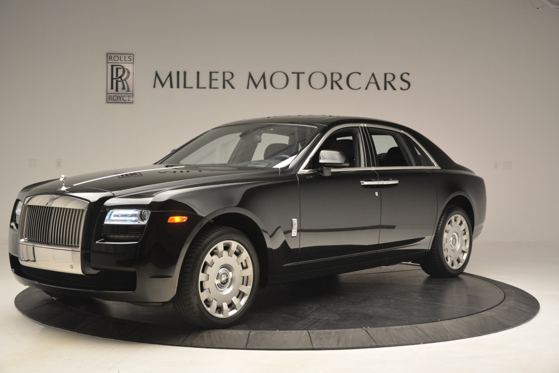 Used 2014 Rolls-Royce Ghost  For Sale In Greenwich, CT. Alfa Romeo of Greenwich, 7572 3220_p3