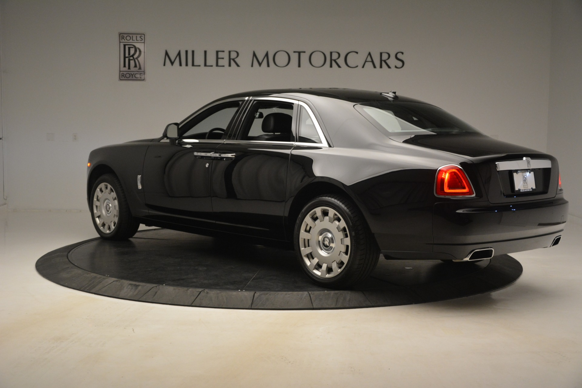 Used 2014 Rolls-Royce Ghost  For Sale In Greenwich, CT. Alfa Romeo of Greenwich, 7572 3220_p7