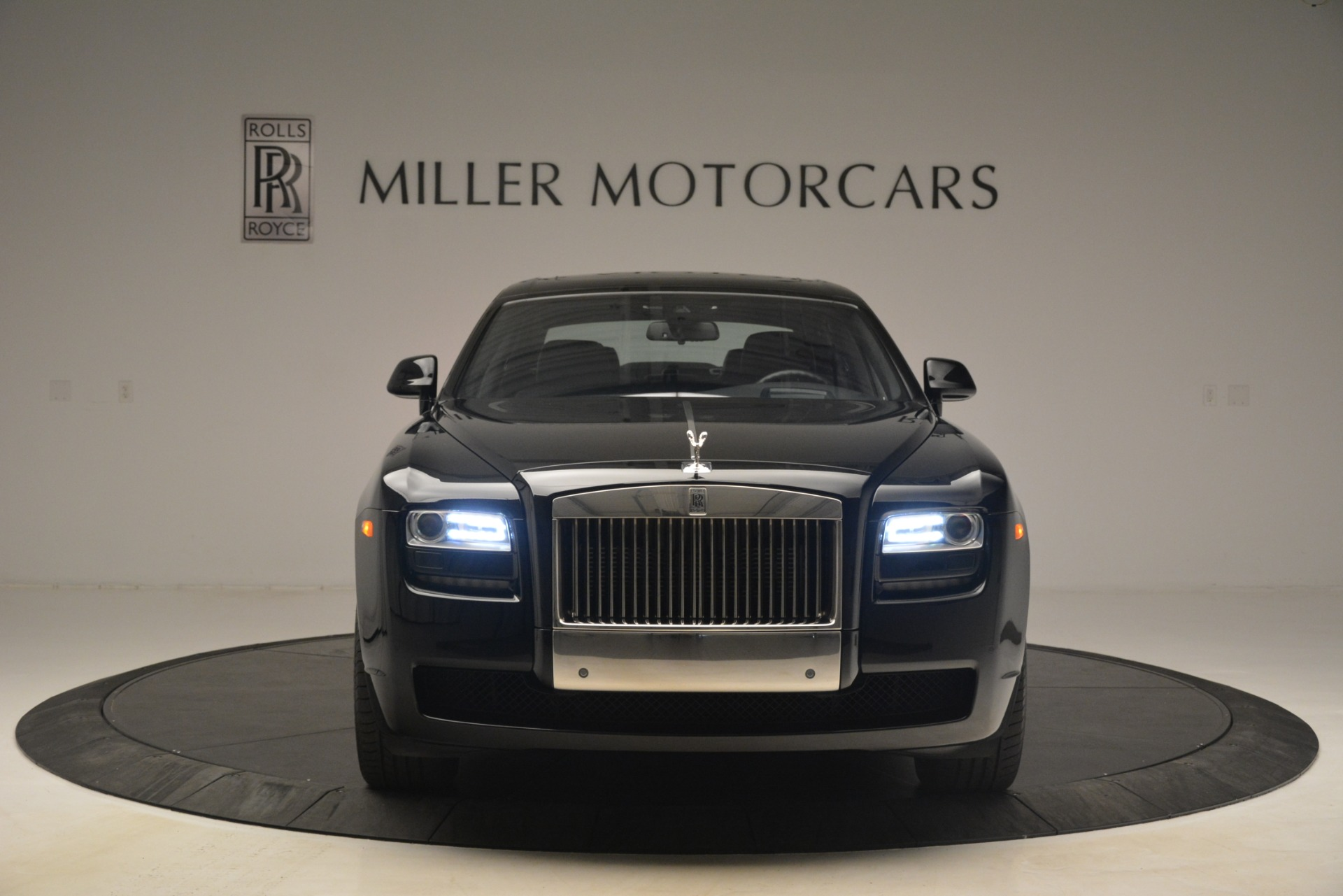 Used 2014 Rolls-Royce Ghost  For Sale In Greenwich, CT. Alfa Romeo of Greenwich, 7572 3220_p9