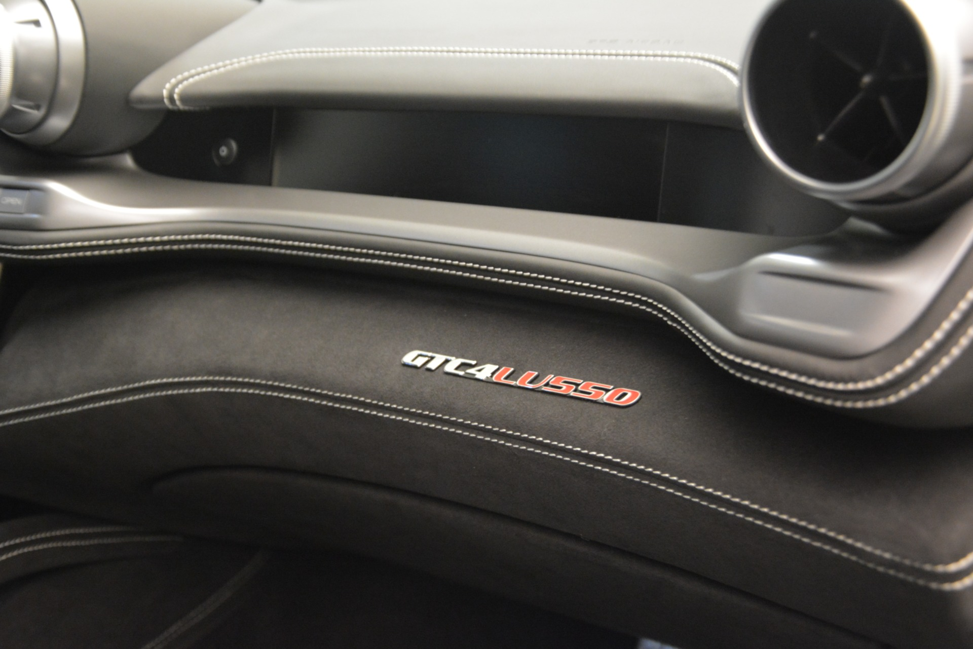 Used 2018 Ferrari GTC4Lusso  For Sale In Greenwich, CT. Alfa Romeo of Greenwich, F1962A 3221_p23