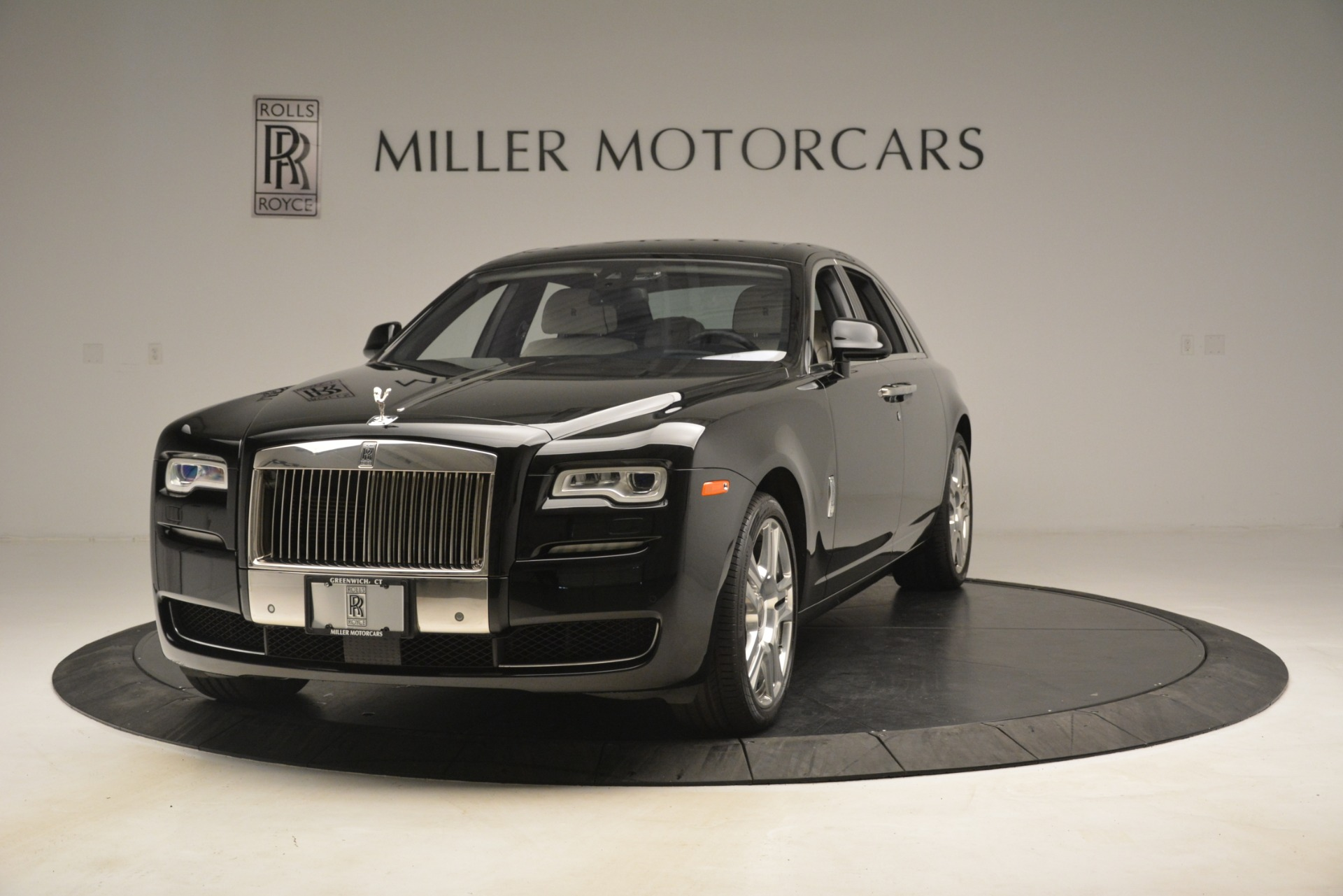 Used 2016 Rolls-Royce Ghost  For Sale In Greenwich, CT. Alfa Romeo of Greenwich, 7573