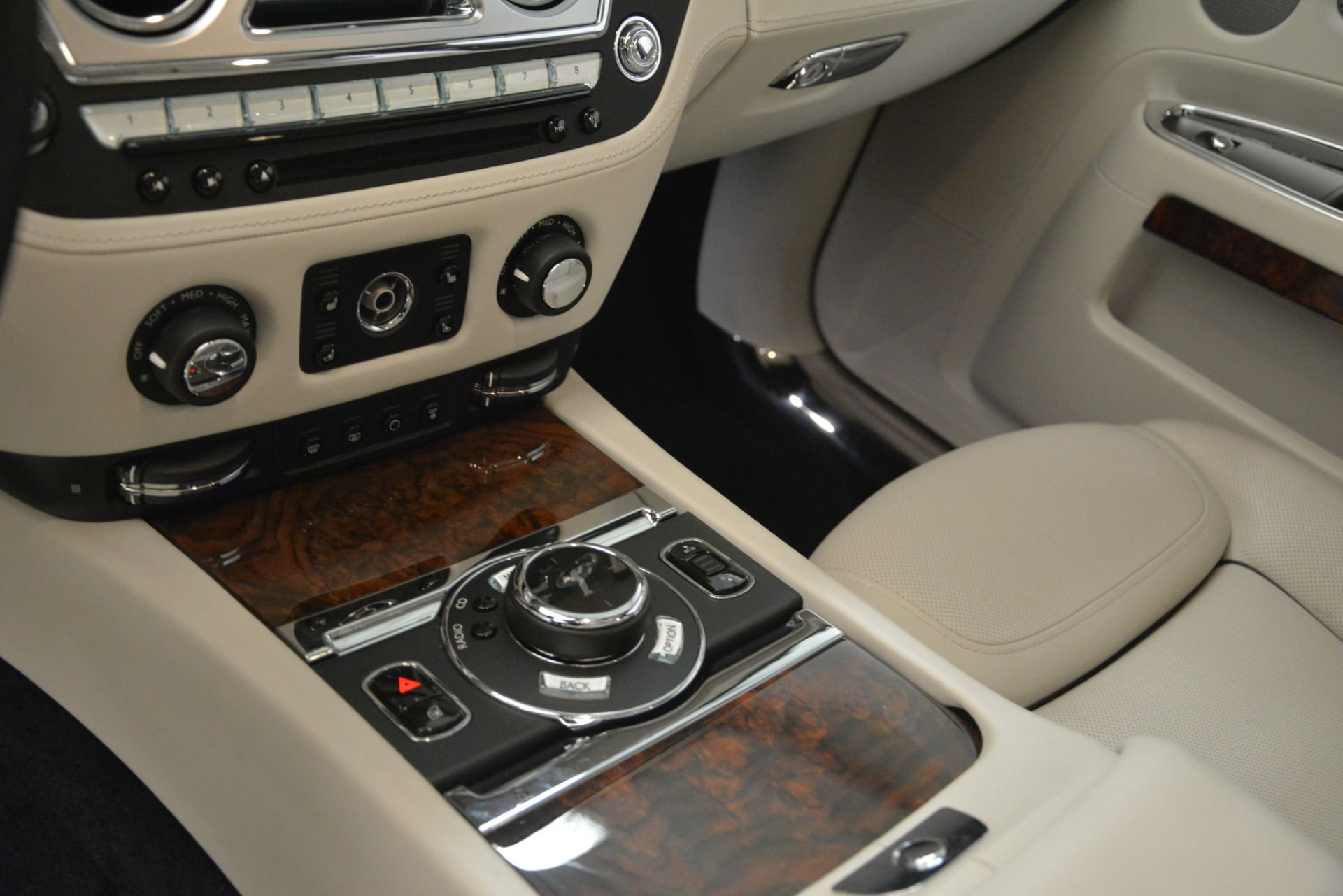 Used 2016 Rolls-Royce Ghost  For Sale In Greenwich, CT. Alfa Romeo of Greenwich, 7573 3225_p22