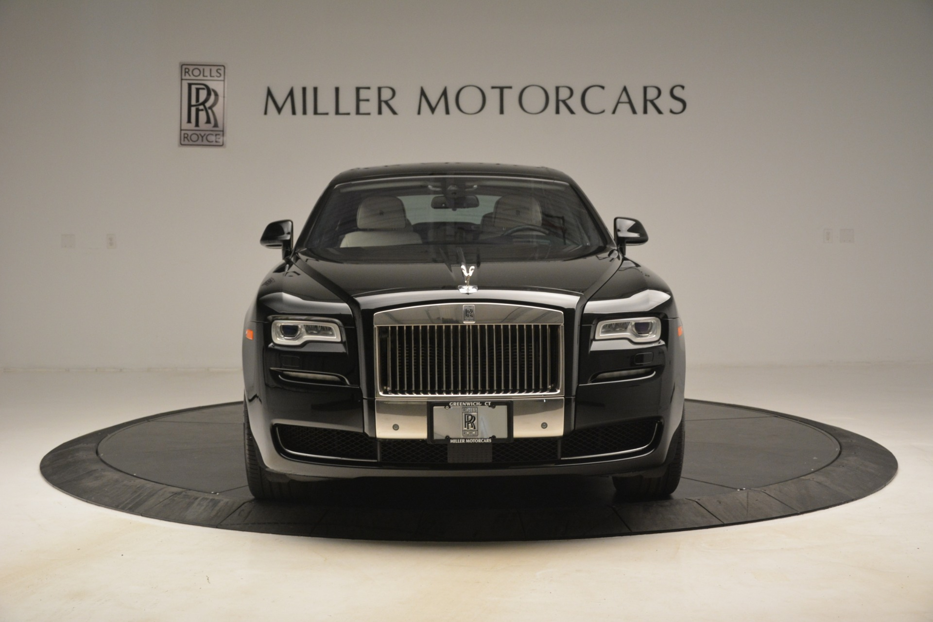 Used 2016 Rolls-Royce Ghost  For Sale In Greenwich, CT. Alfa Romeo of Greenwich, 7573 3225_p2