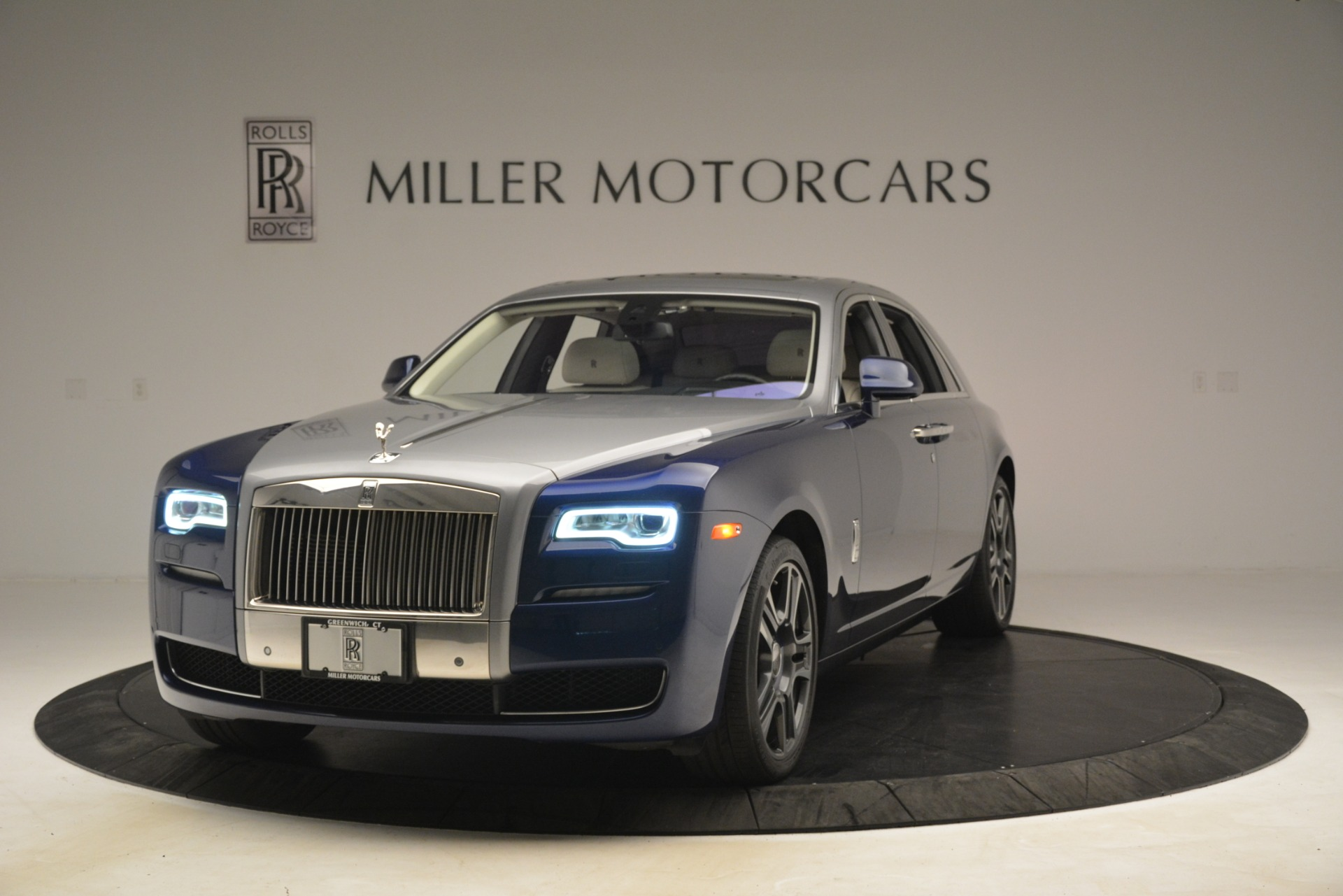 Used 2016 Rolls-Royce Ghost  For Sale In Greenwich, CT. Alfa Romeo of Greenwich, 7574