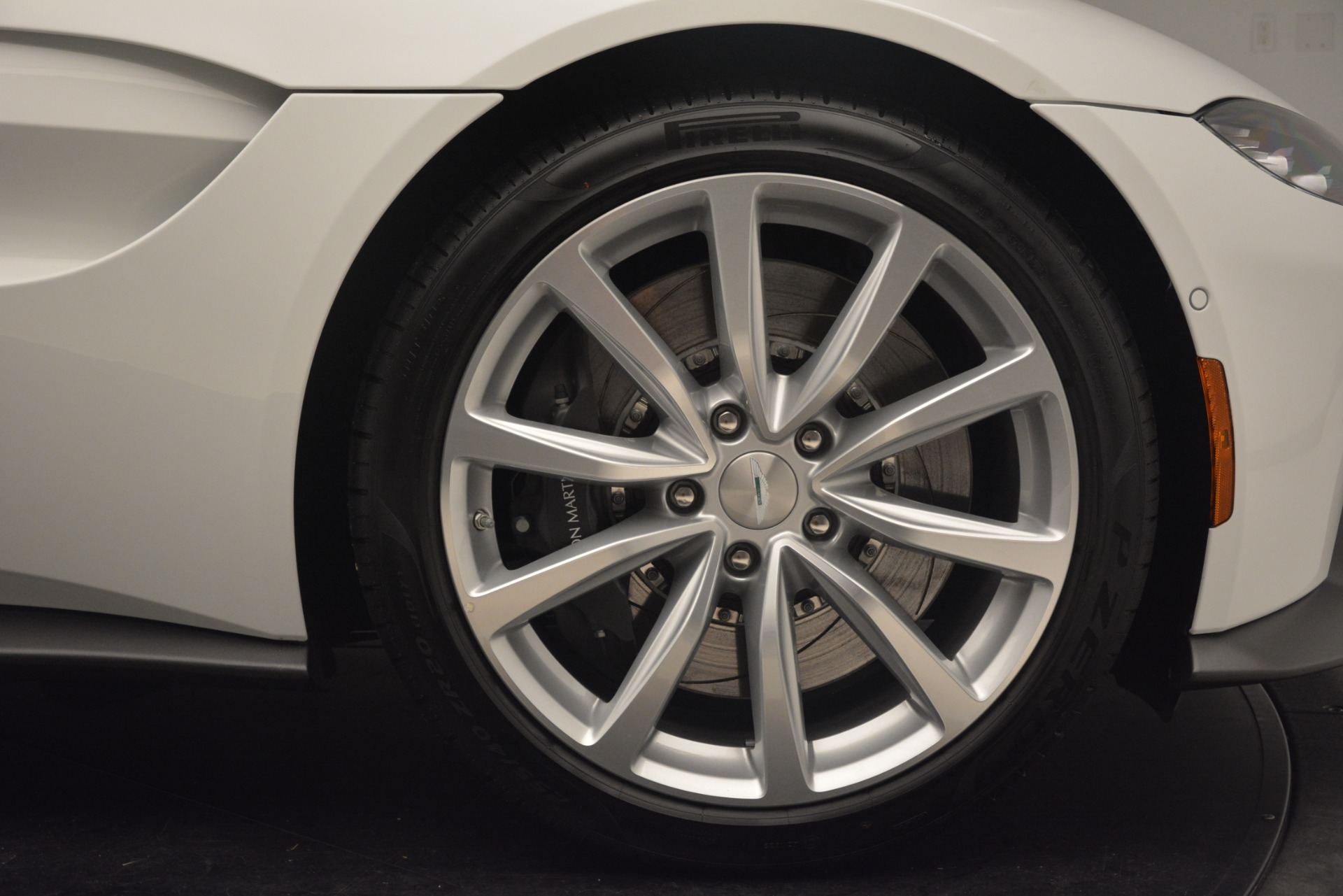New 2019 Aston Martin Vantage Coupe For Sale In Greenwich, CT. Alfa Romeo of Greenwich, A1373 3227_p18