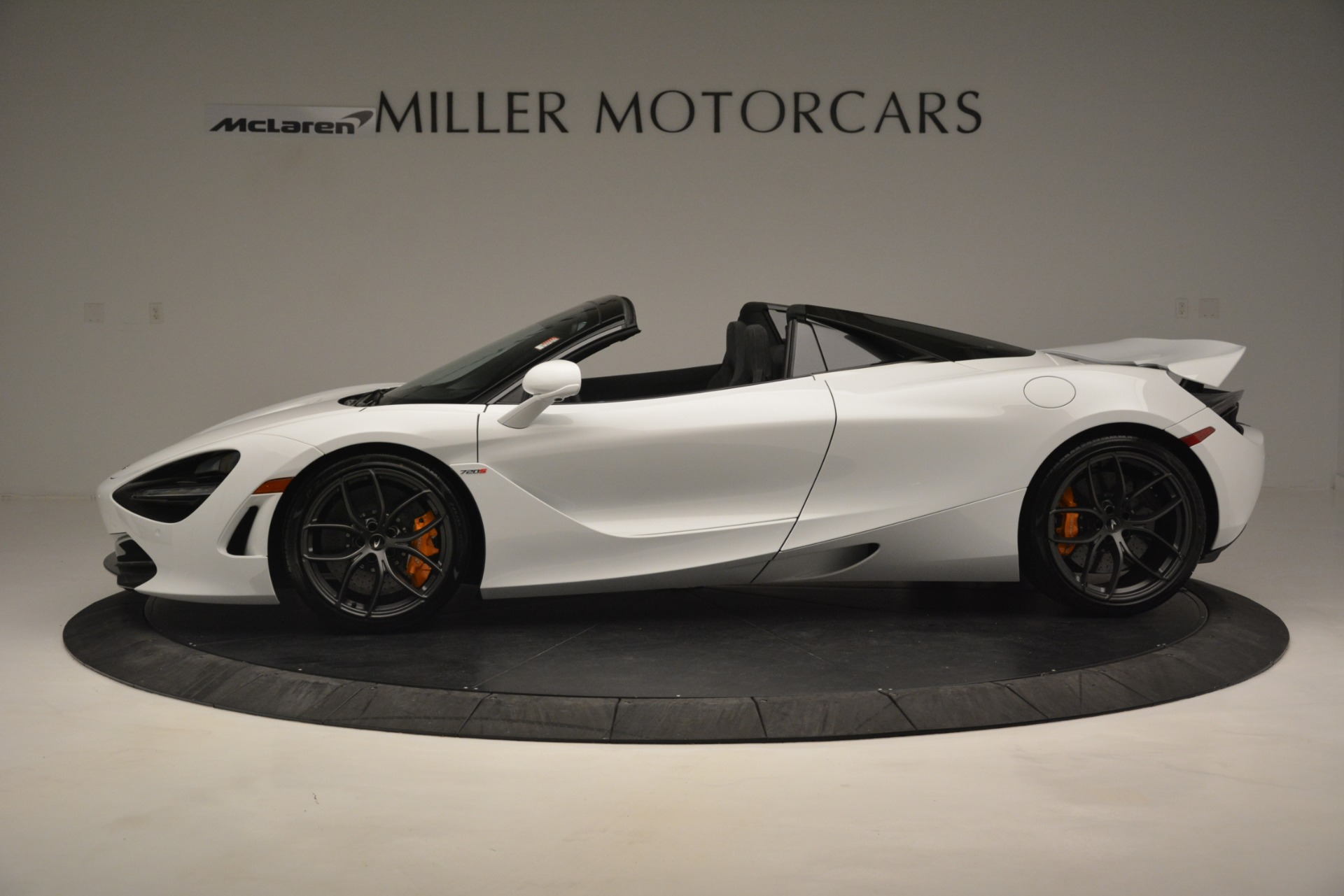 New 2020 McLaren 720S Spider Convertible For Sale In Greenwich, CT. Alfa Romeo of Greenwich, MC432 3229_p11