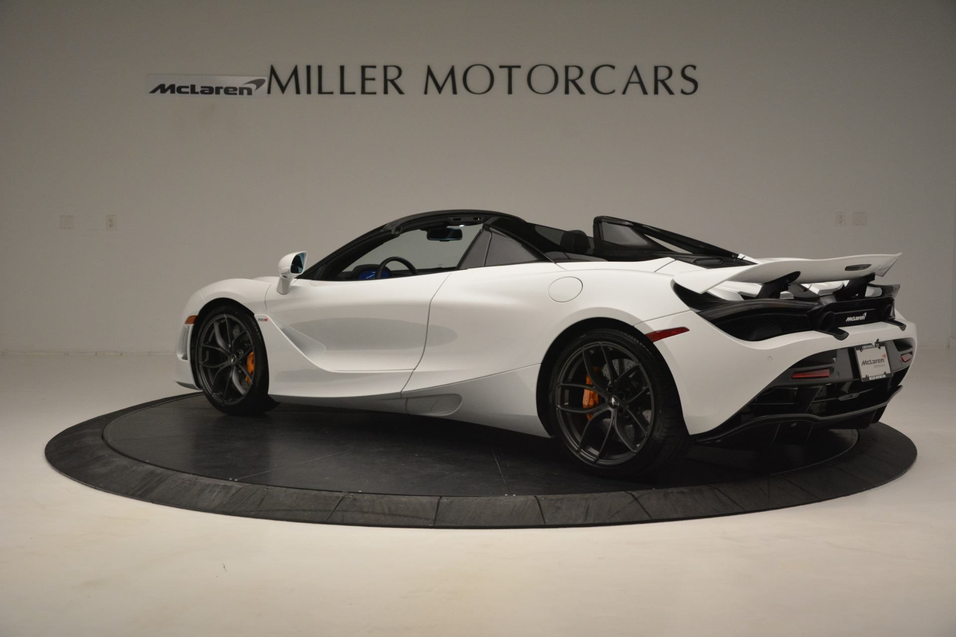 New 2020 McLaren 720S Spider Convertible For Sale In Greenwich, CT. Alfa Romeo of Greenwich, MC432 3229_p12