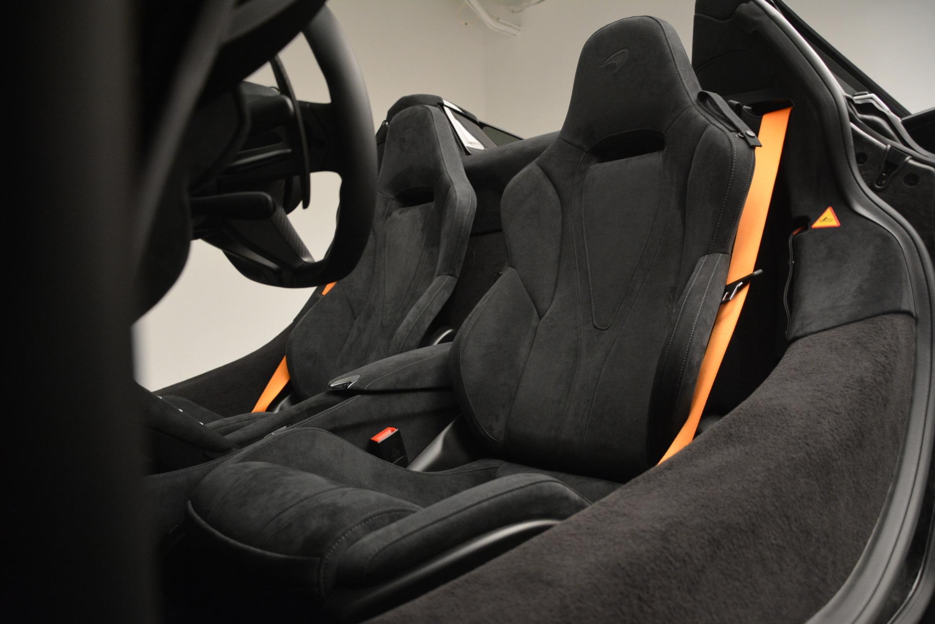 New 2020 McLaren 720S Spider Convertible For Sale In Greenwich, CT. Alfa Romeo of Greenwich, MC432 3229_p25