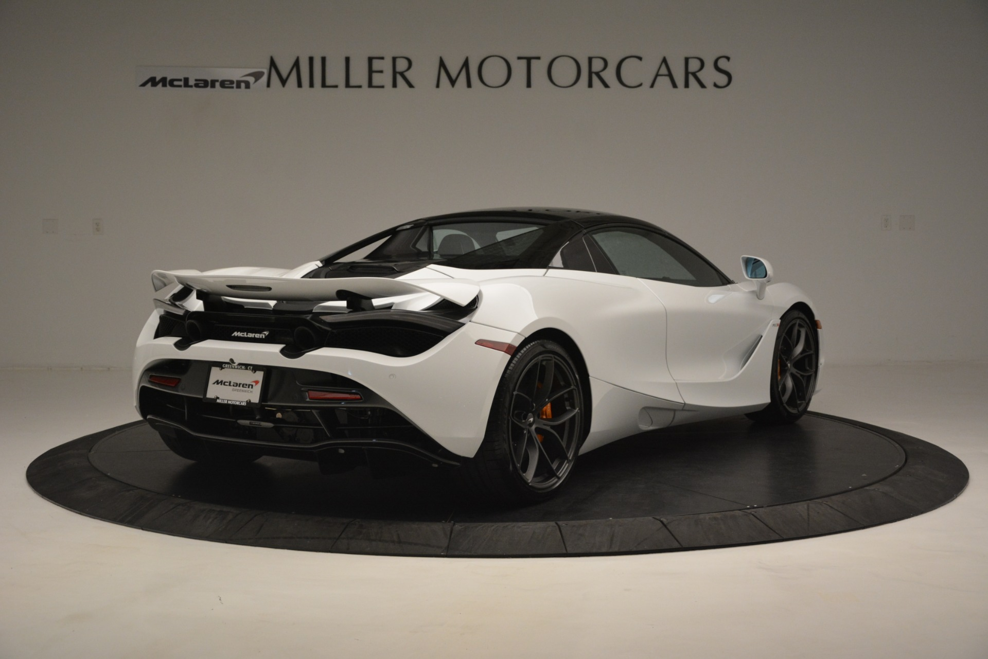 New 2020 McLaren 720S Spider Convertible For Sale In Greenwich, CT. Alfa Romeo of Greenwich, MC432 3229_p6