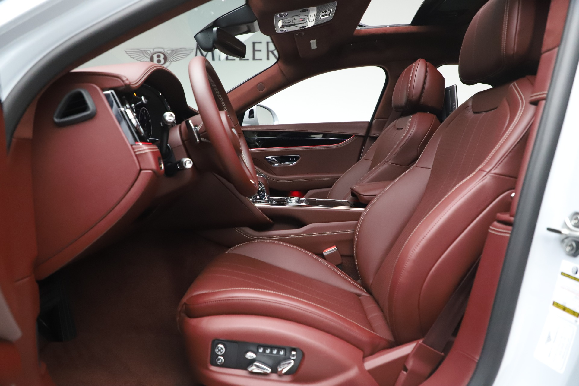 New 2021 Bentley Flying Spur  For Sale In Greenwich, CT. Alfa Romeo of Greenwich, 21SPUR 3230_p22