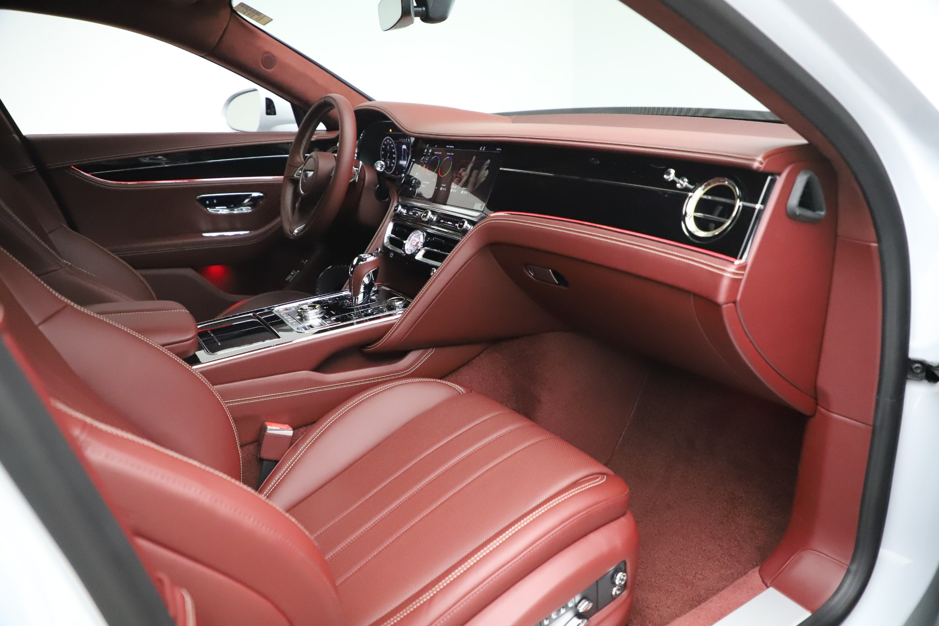 New 2021 Bentley Flying Spur  For Sale In Greenwich, CT. Alfa Romeo of Greenwich, 21SPUR 3230_p29