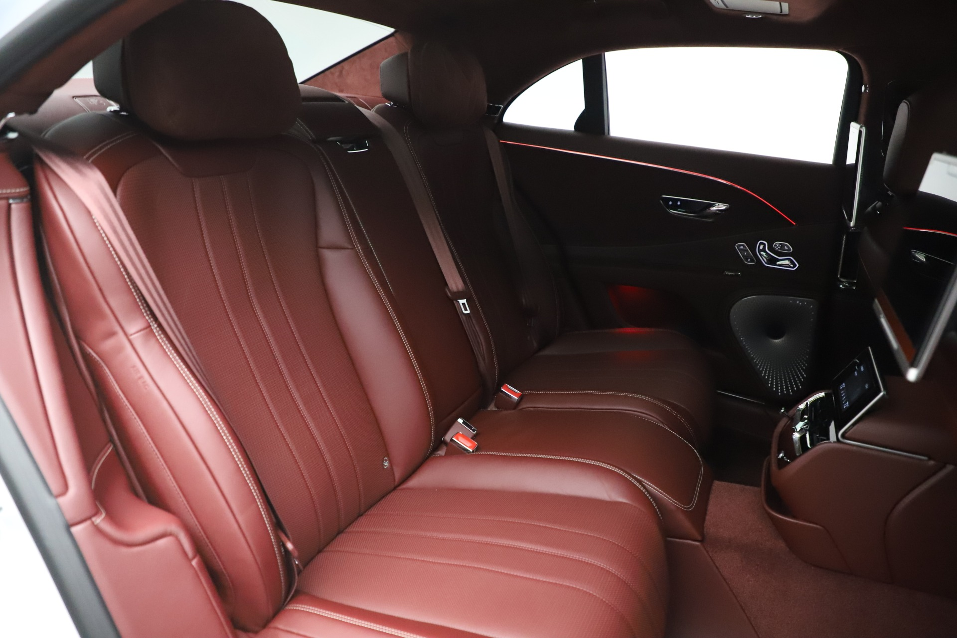 New 2021 Bentley Flying Spur  For Sale In Greenwich, CT. Alfa Romeo of Greenwich, 21SPUR 3230_p33