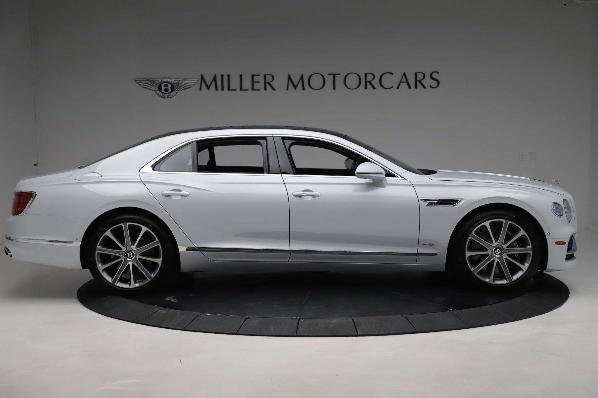 New 2021 Bentley Flying Spur  For Sale In Greenwich, CT. Alfa Romeo of Greenwich, 21SPUR 3230_p9