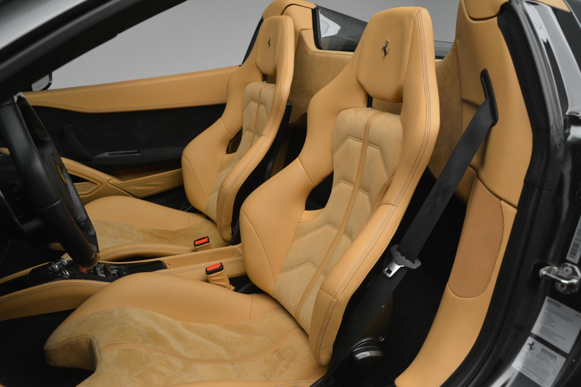 Used 2013 Ferrari 458 Spider  For Sale In Greenwich, CT. Alfa Romeo of Greenwich, 4575 3232_p19