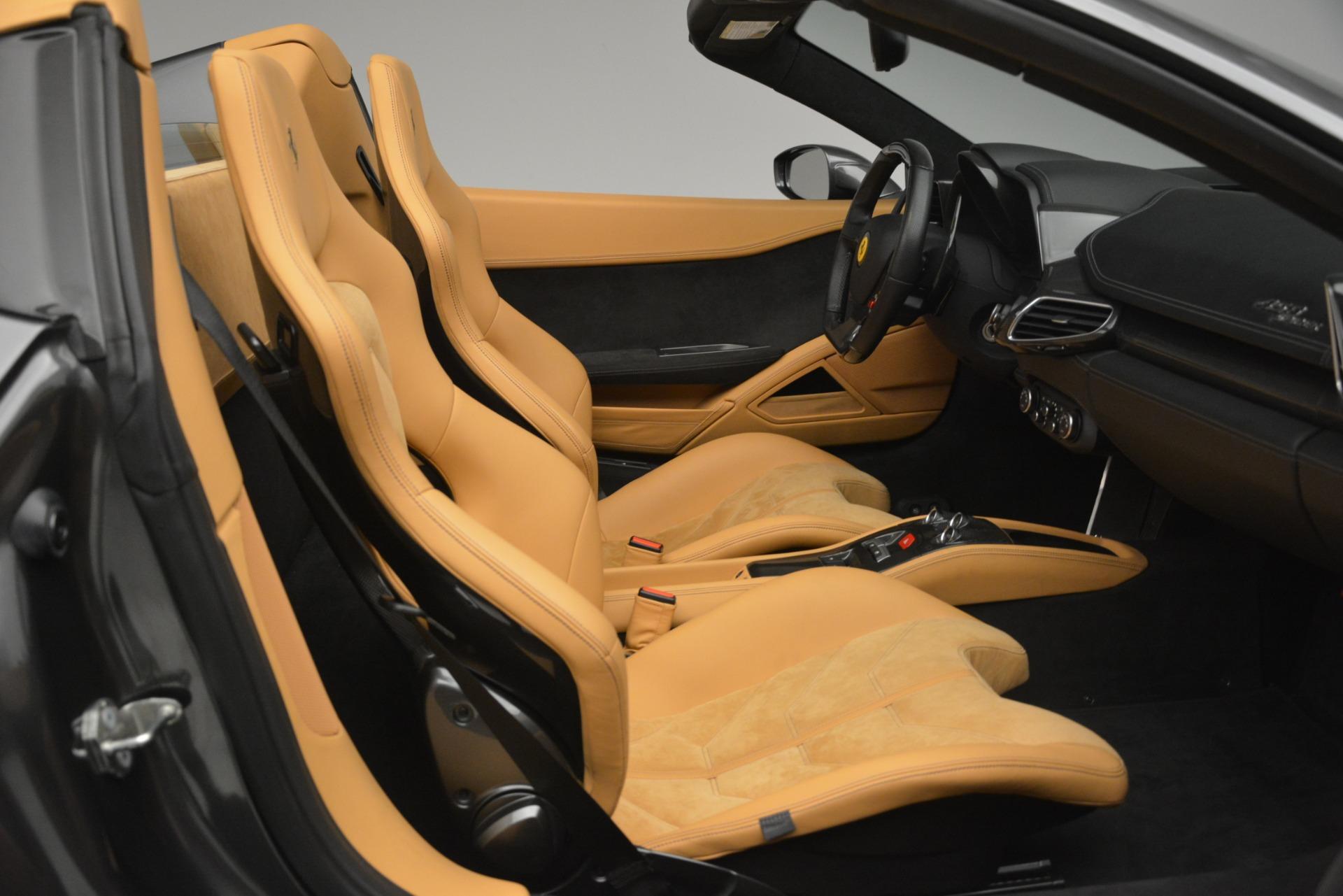 Used 2013 Ferrari 458 Spider  For Sale In Greenwich, CT. Alfa Romeo of Greenwich, 4575 3232_p21