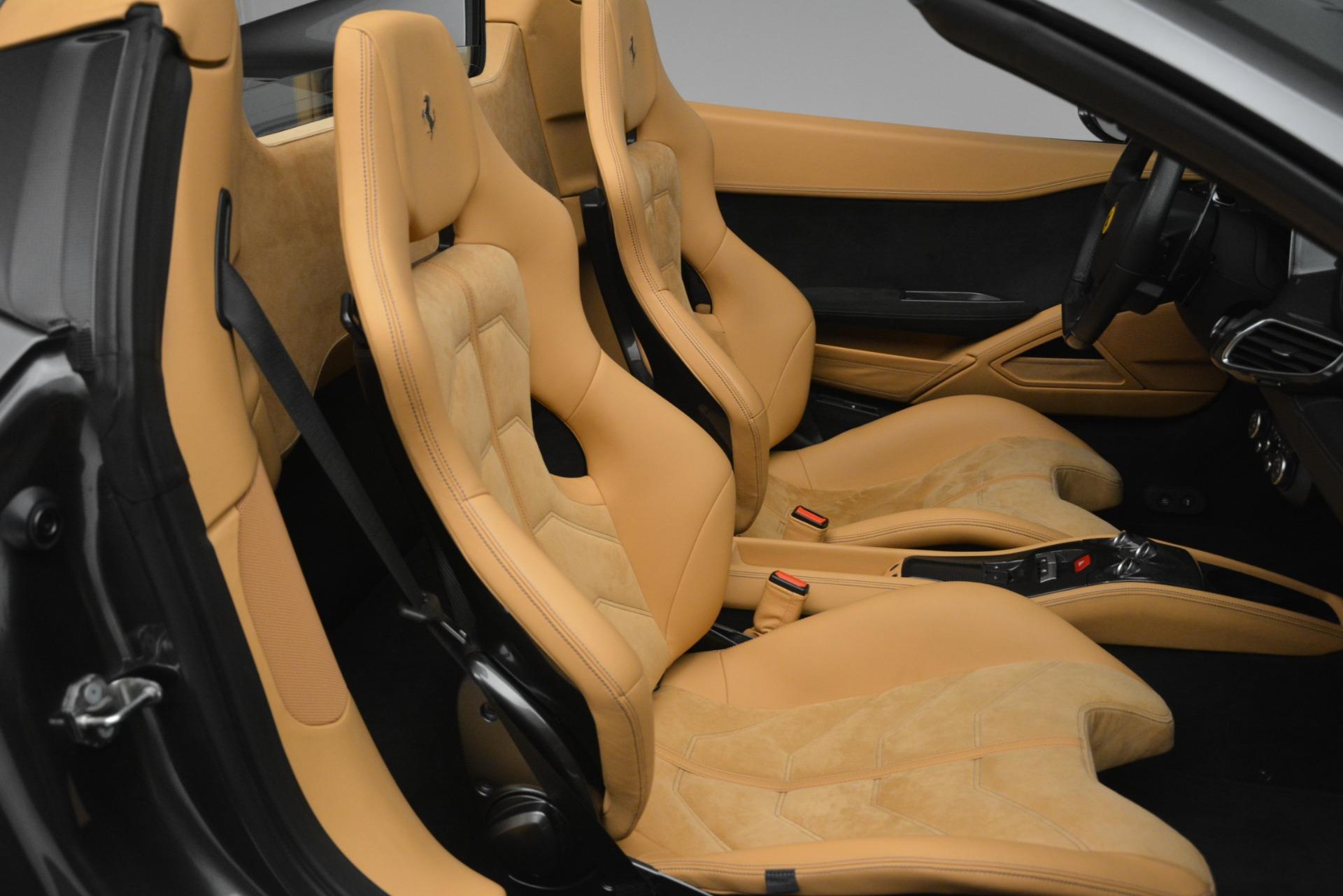 Used 2013 Ferrari 458 Spider  For Sale In Greenwich, CT. Alfa Romeo of Greenwich, 4575 3232_p22
