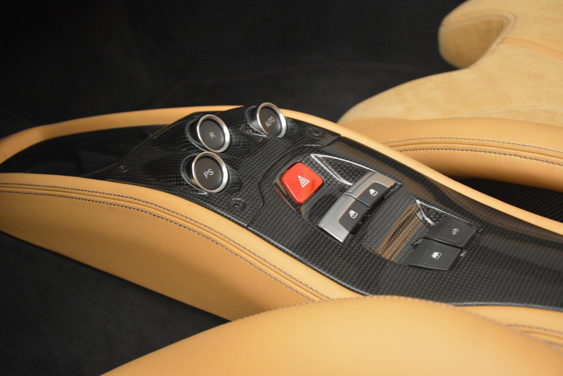 Used 2013 Ferrari 458 Spider  For Sale In Greenwich, CT. Alfa Romeo of Greenwich, 4575 3232_p24