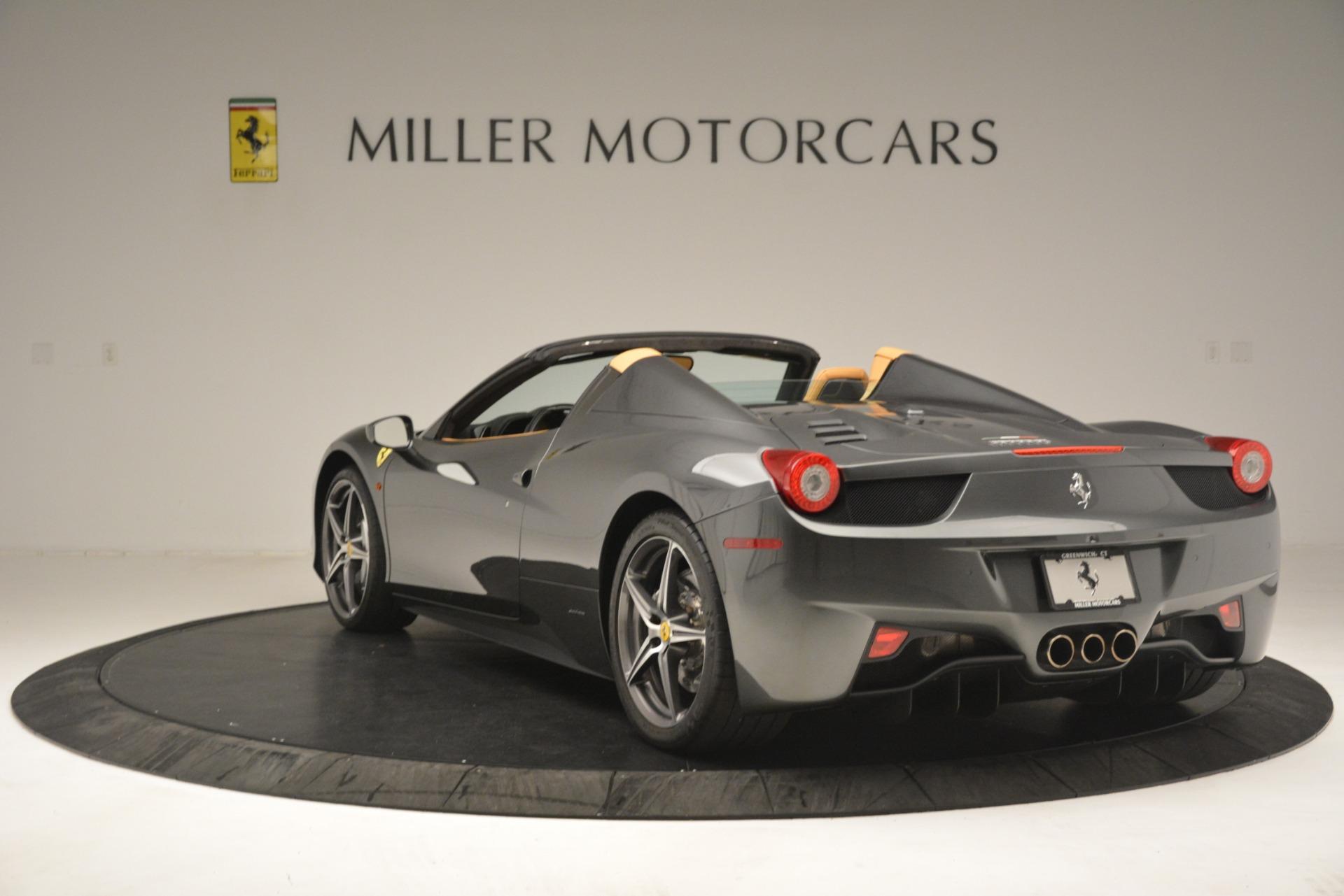 Used 2013 Ferrari 458 Spider  For Sale In Greenwich, CT. Alfa Romeo of Greenwich, 4575 3232_p5