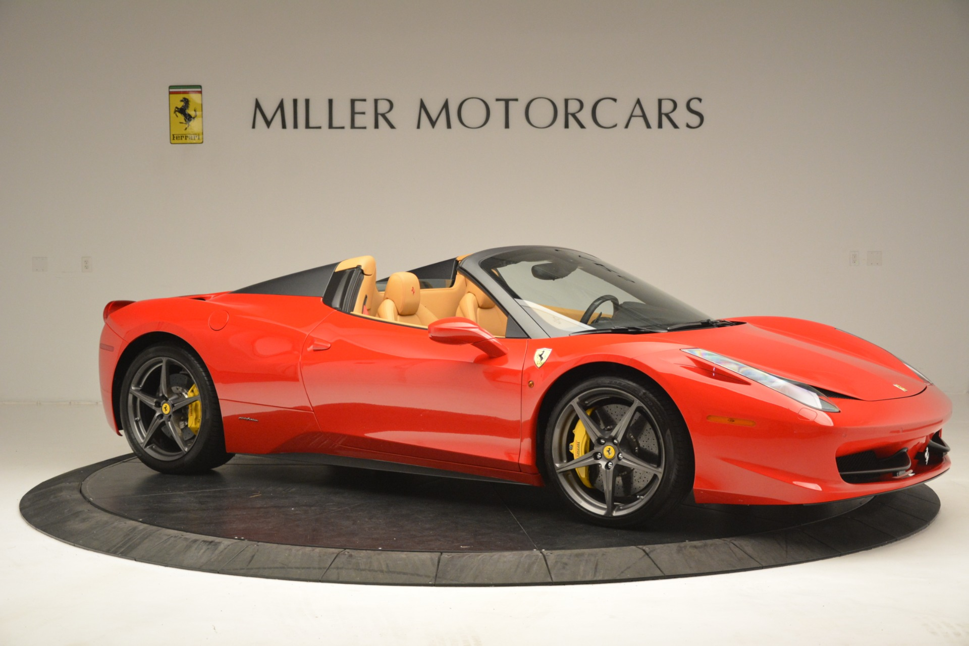 Used 2015 Ferrari 458 Spider  For Sale In Greenwich, CT. Alfa Romeo of Greenwich, 4576 3233_p11