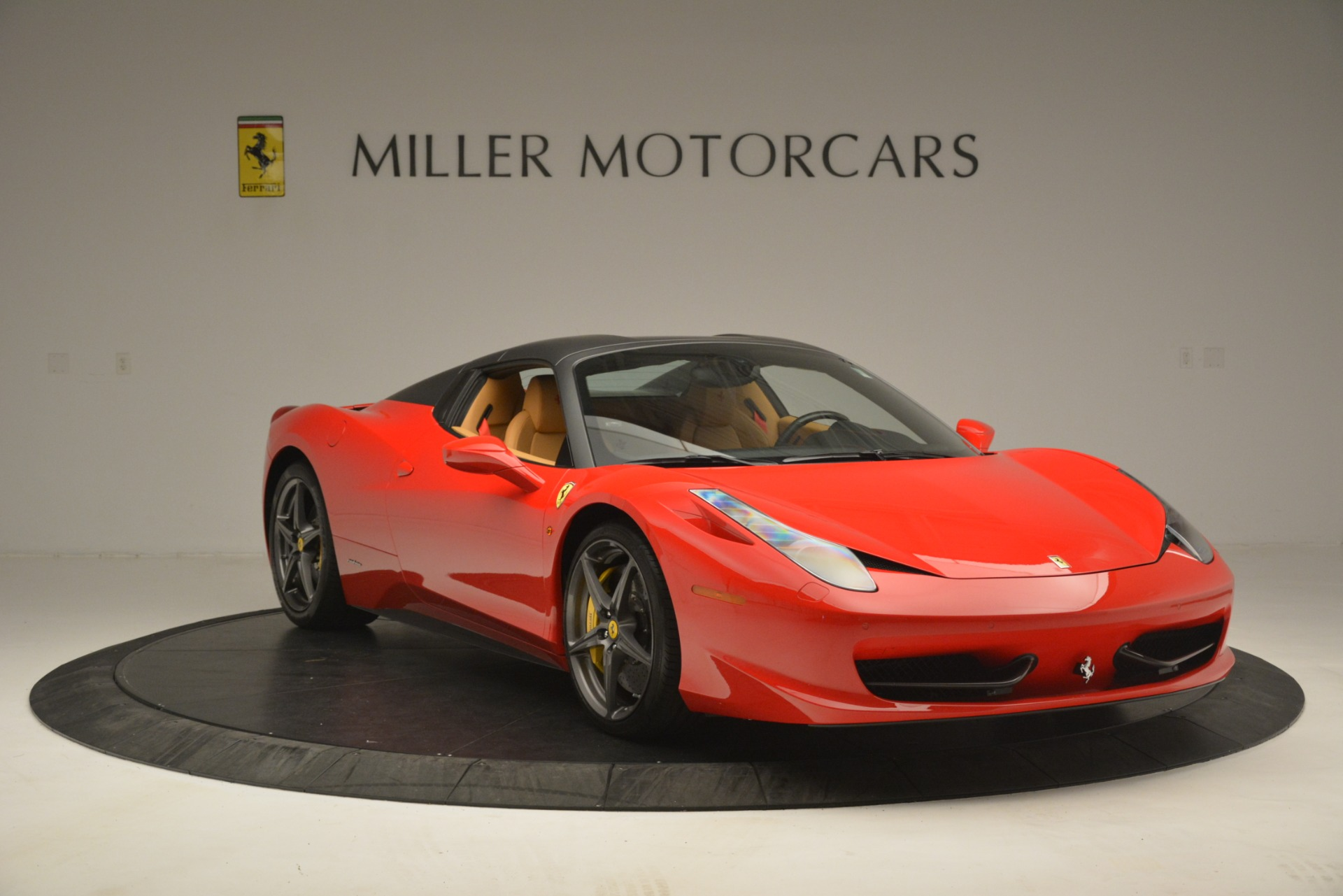 Used 2015 Ferrari 458 Spider  For Sale In Greenwich, CT. Alfa Romeo of Greenwich, 4576 3233_p13