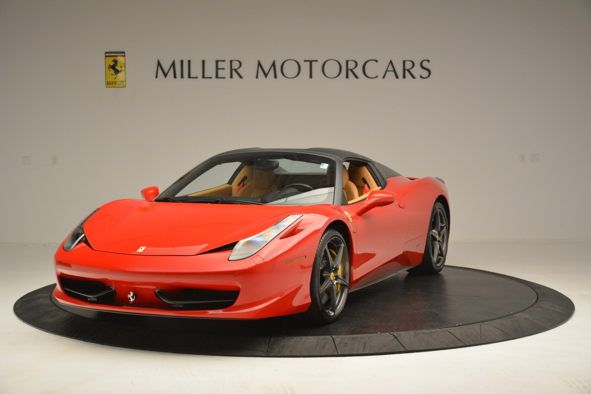 Used 2015 Ferrari 458 Spider  For Sale In Greenwich, CT. Alfa Romeo of Greenwich, 4576 3233_p14