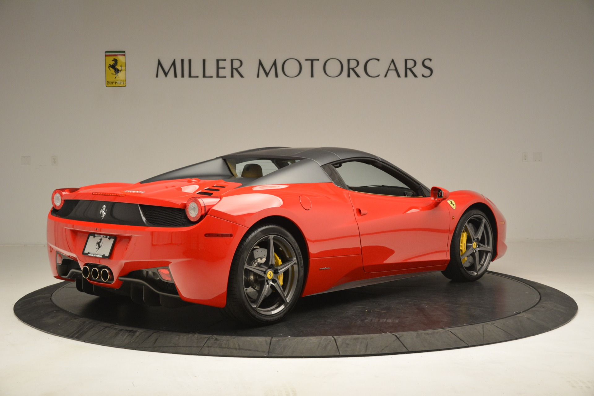 Used 2015 Ferrari 458 Spider  For Sale In Greenwich, CT. Alfa Romeo of Greenwich, 4576 3233_p17