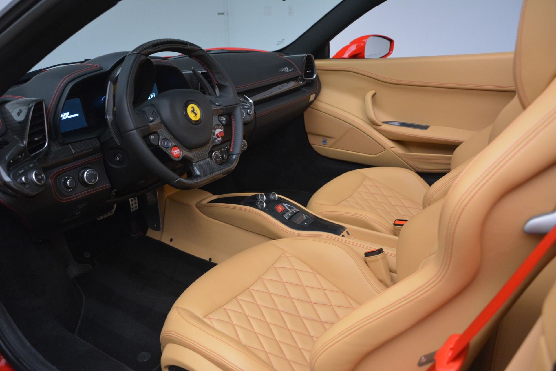 Used 2015 Ferrari 458 Spider  For Sale In Greenwich, CT. Alfa Romeo of Greenwich, 4576 3233_p19